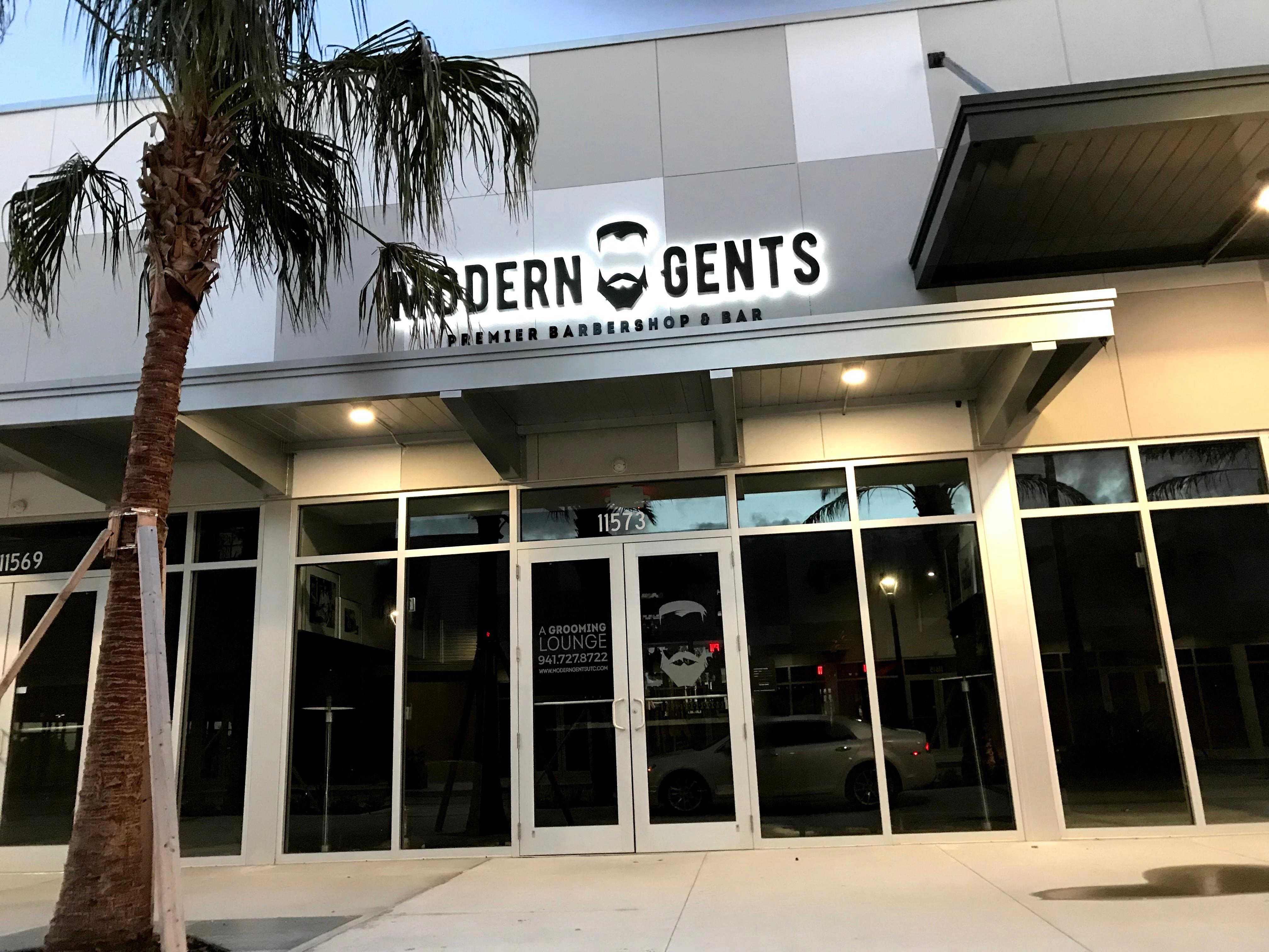 Modern Gents Premier Barbershop & Bar image 0