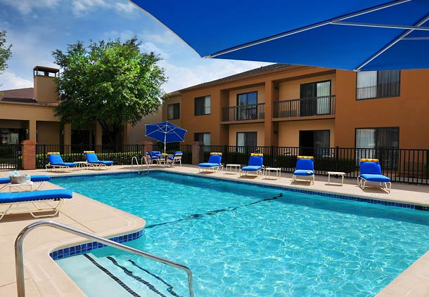 Courtyard by Marriott Fort Worth University Drive image 17