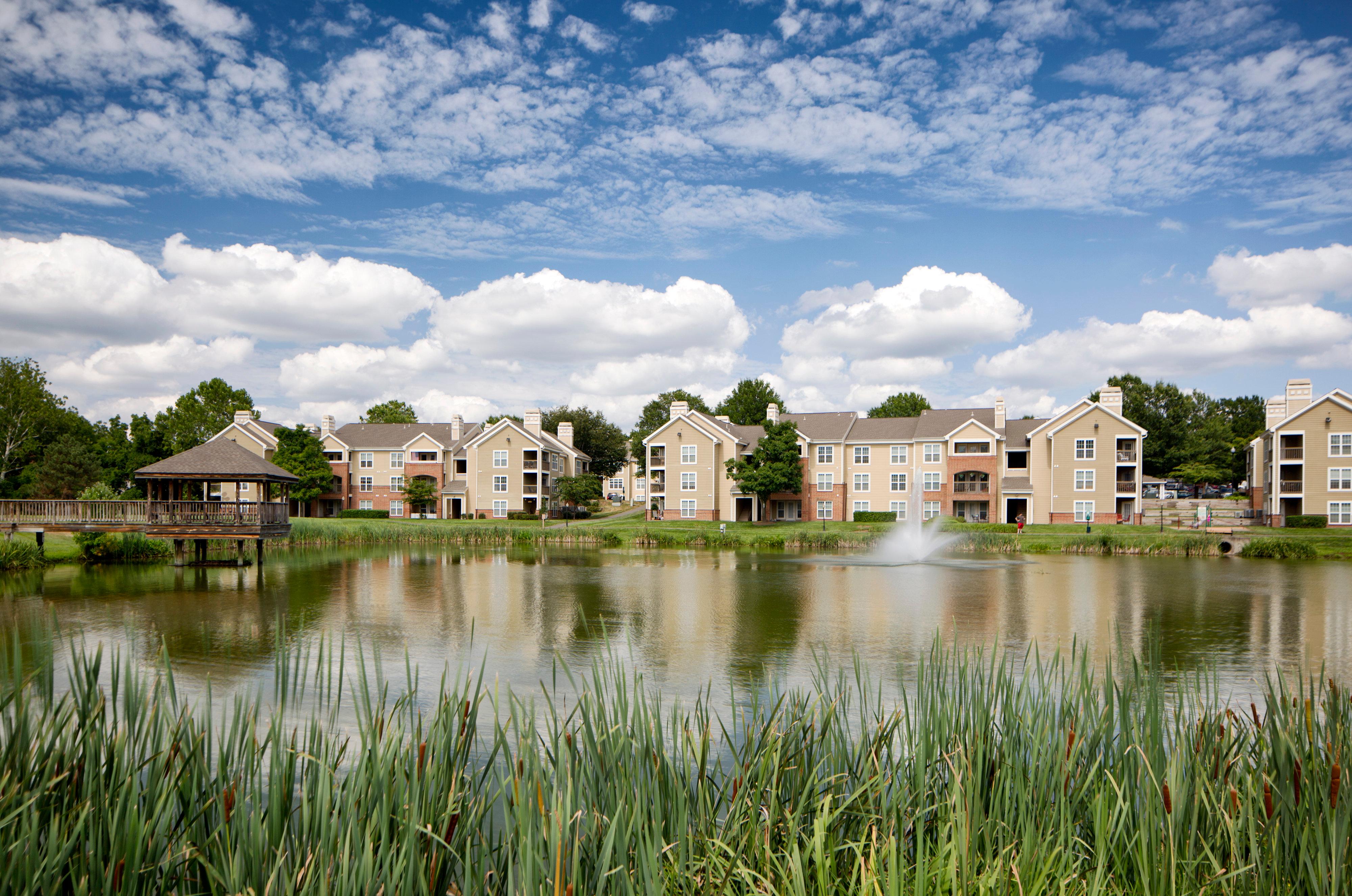Lakeside Apartments image 1