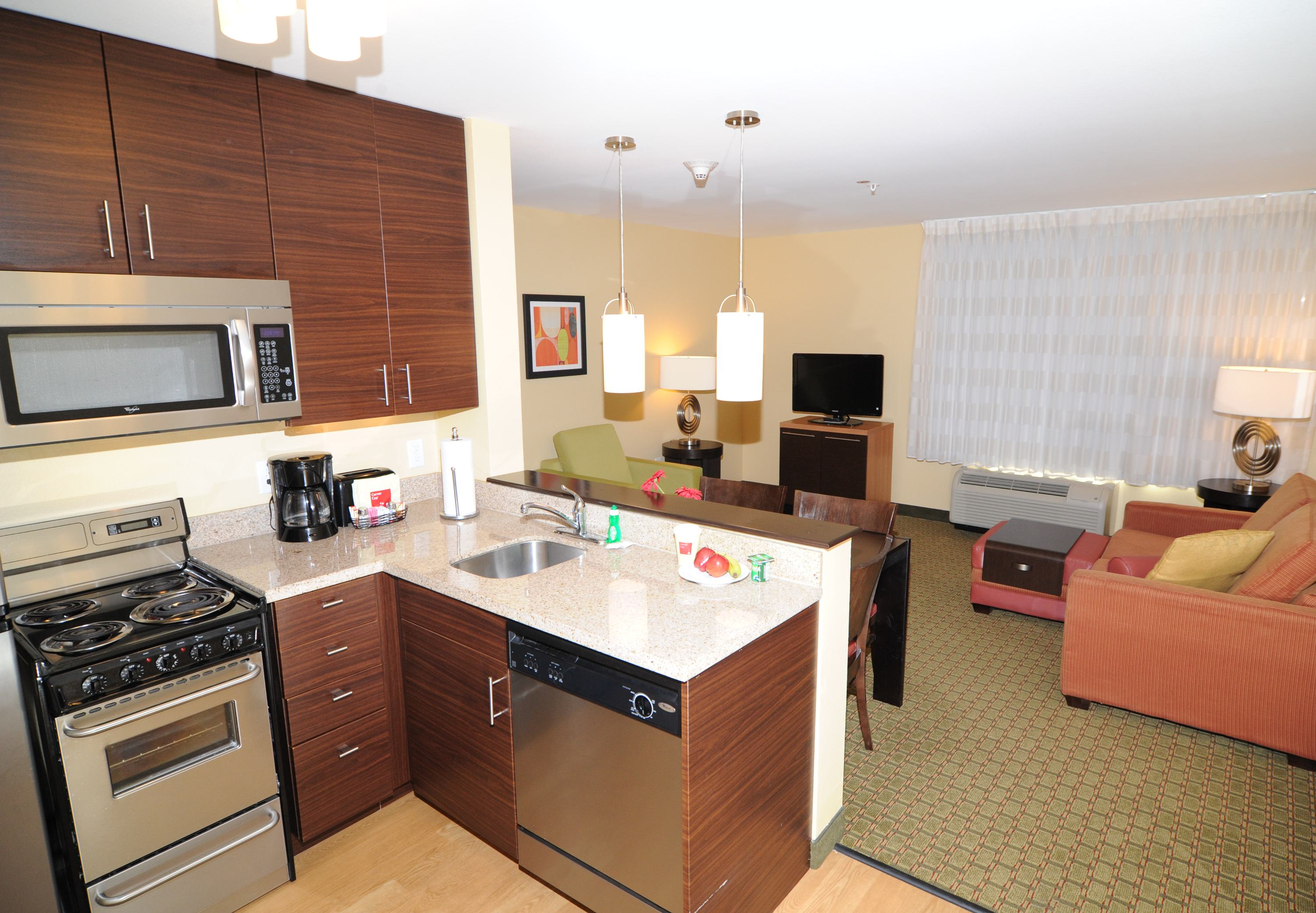 TownePlace Suites by Marriott Monroe image 3