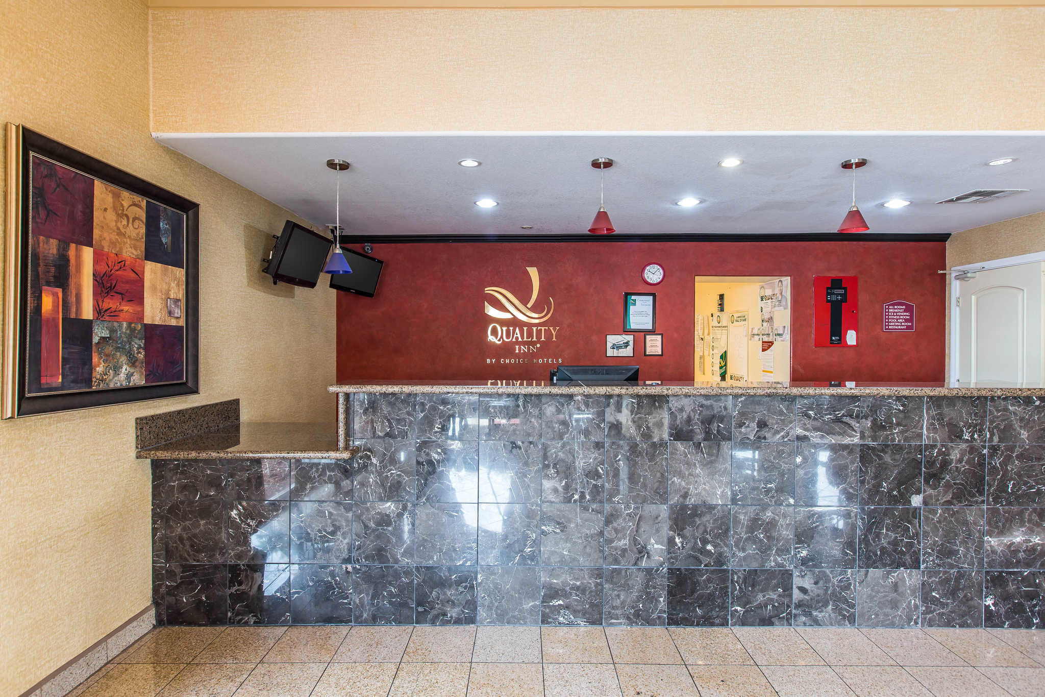 Quality Inn El Centro I-8 image 4