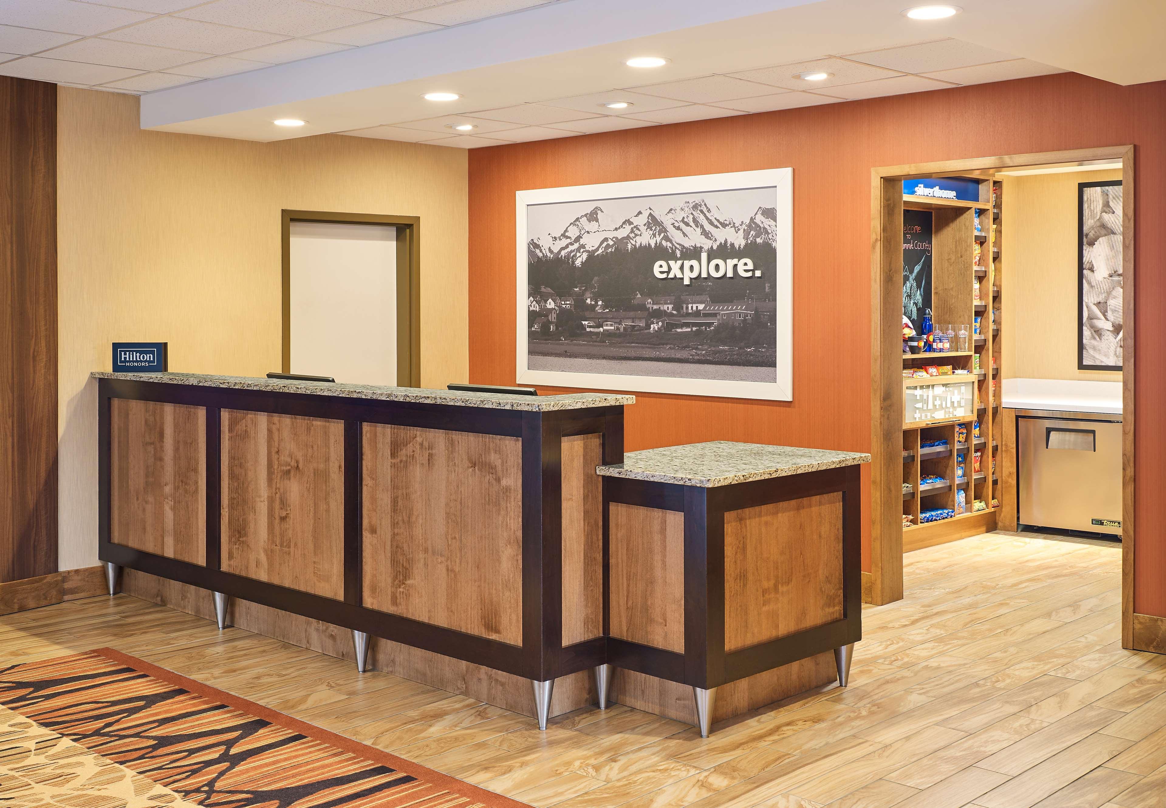 Hampton Inn & Suites Silverthorne image 4