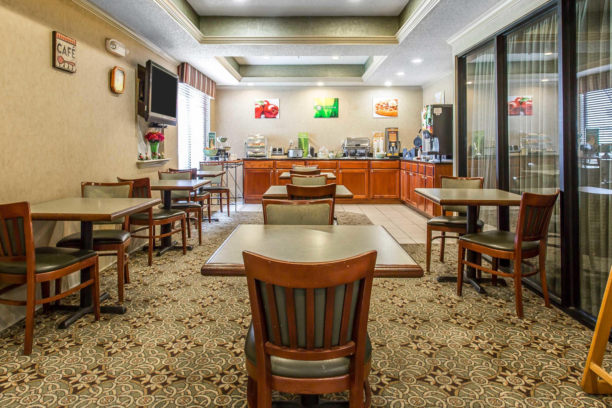Quality Inn & Suites Durant image 25