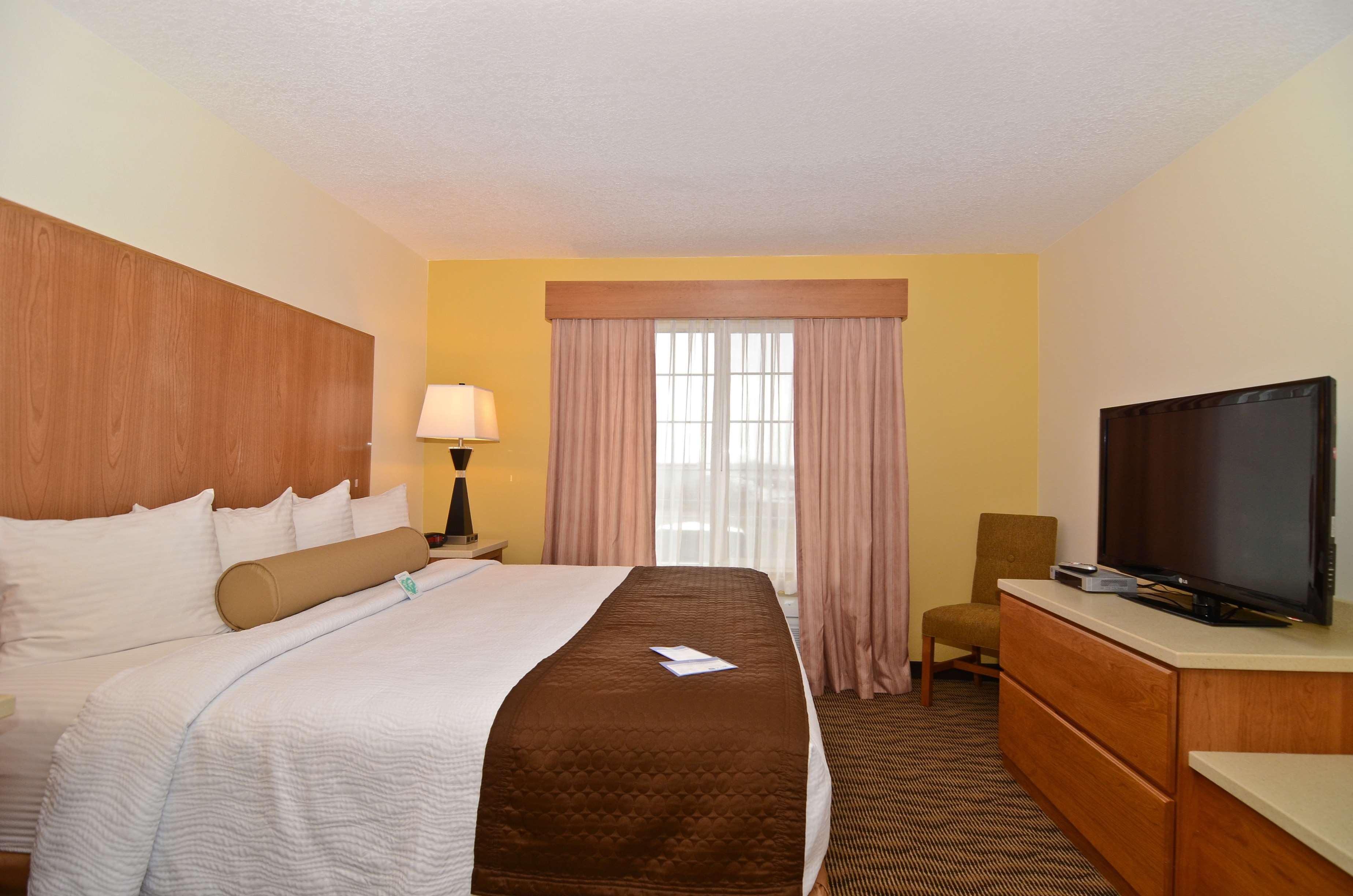 Best Western Plus Park Place Inn & Suites image 34