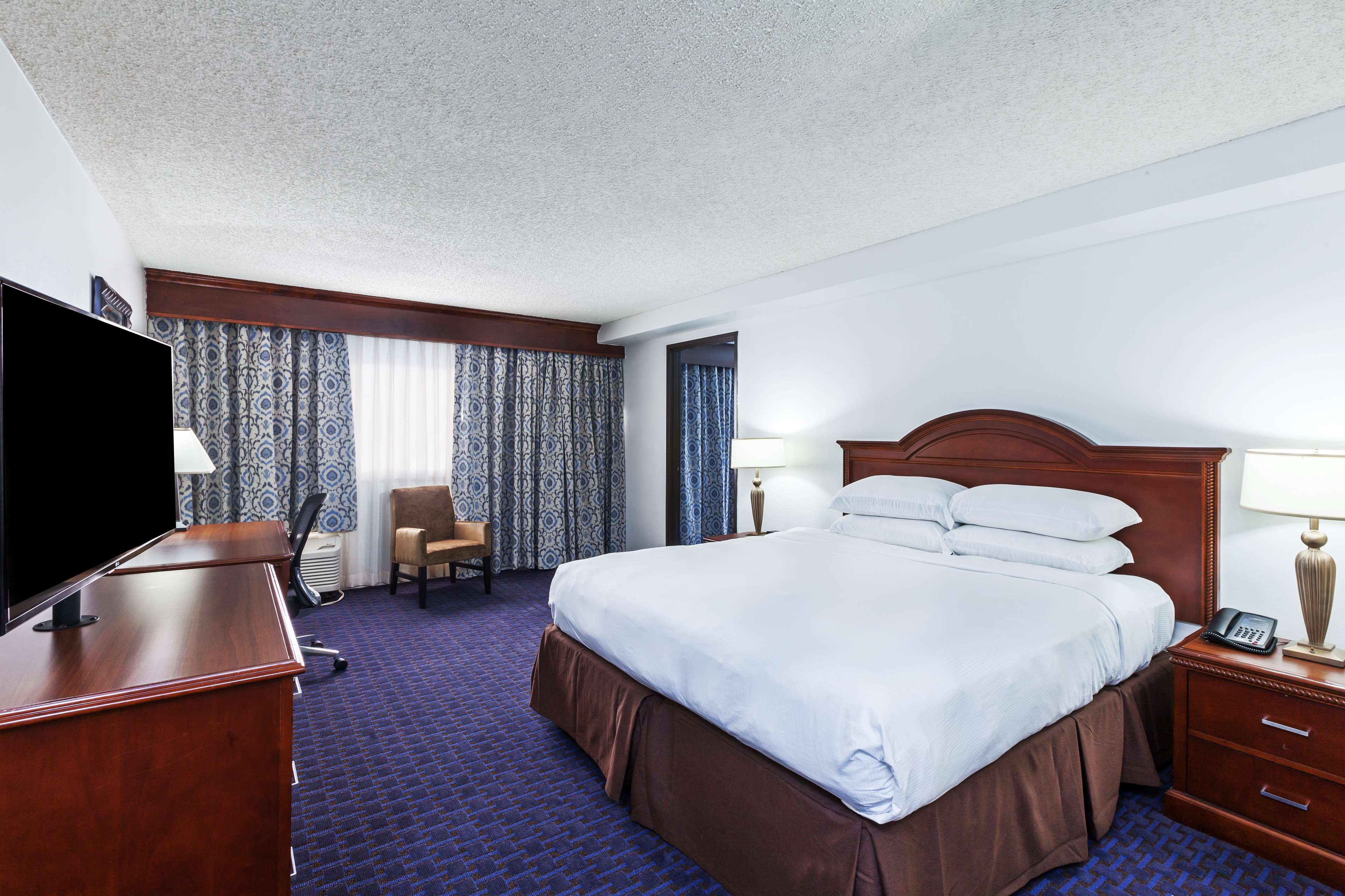 Hilton Waco image 49