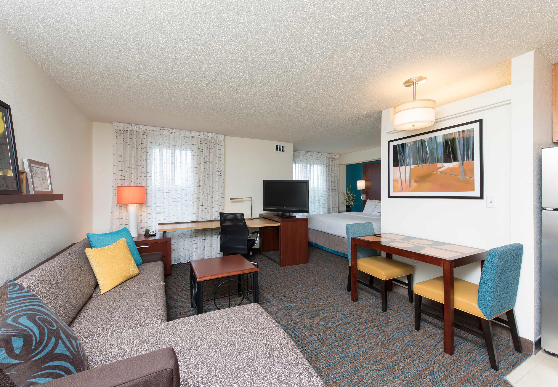 Residence Inn by Marriott Toledo Maumee image 2