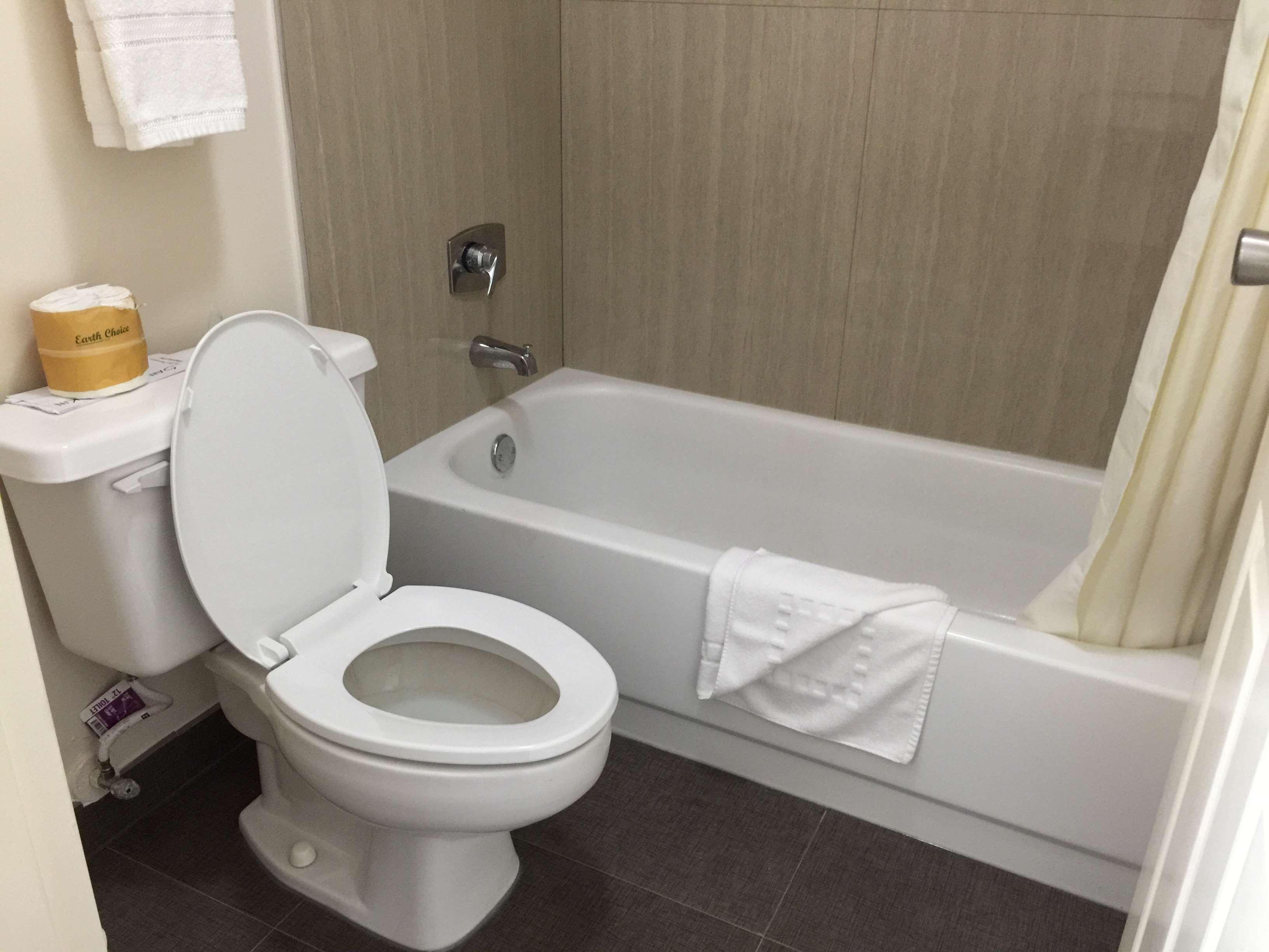 SureStay Plus Hotel by Best Western Baton Rouge image 23