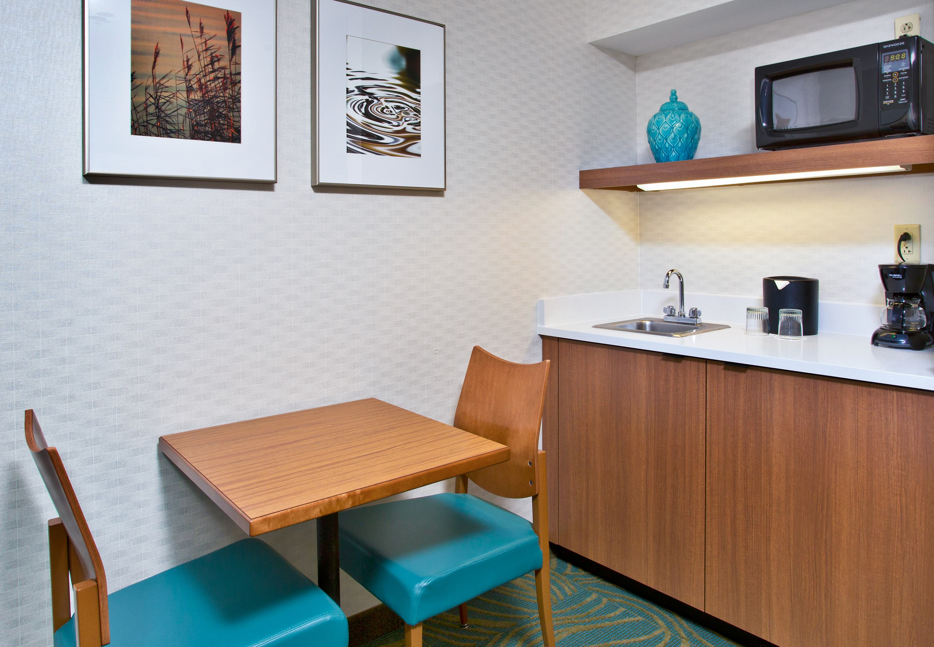 SpringHill Suites by Marriott Chicago Elmhurst/Oakbrook Area image 6