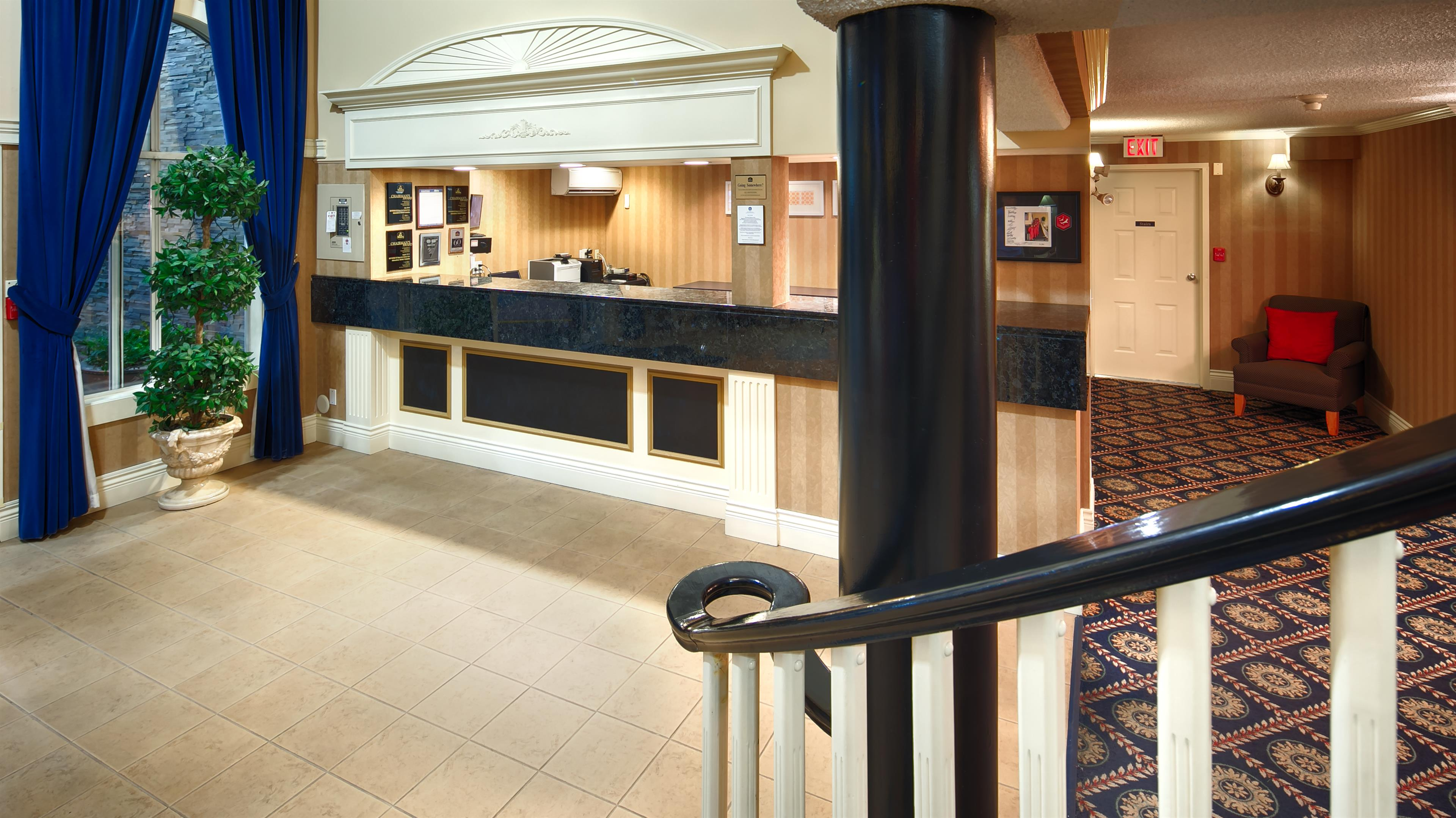Best Western Plus Regency Inn & Conference Centre in Abbotsford: Lobby
