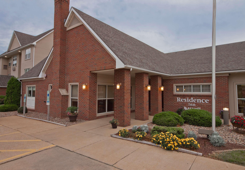 Residence Inn by Marriott Davenport image 10