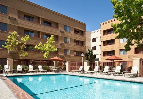 Courtyard by Marriott San Jose Airport image 14