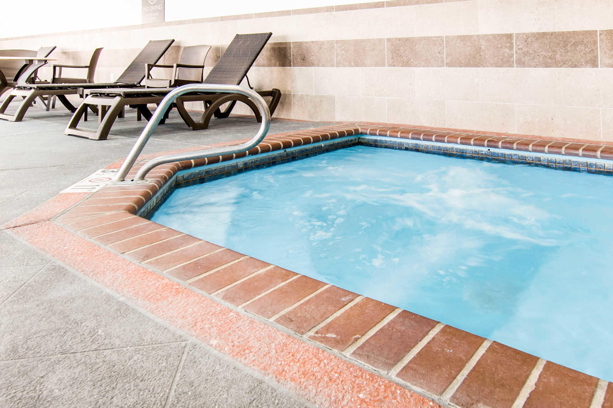 Comfort Inn & Suites Junction City - near Fort Riley image 31