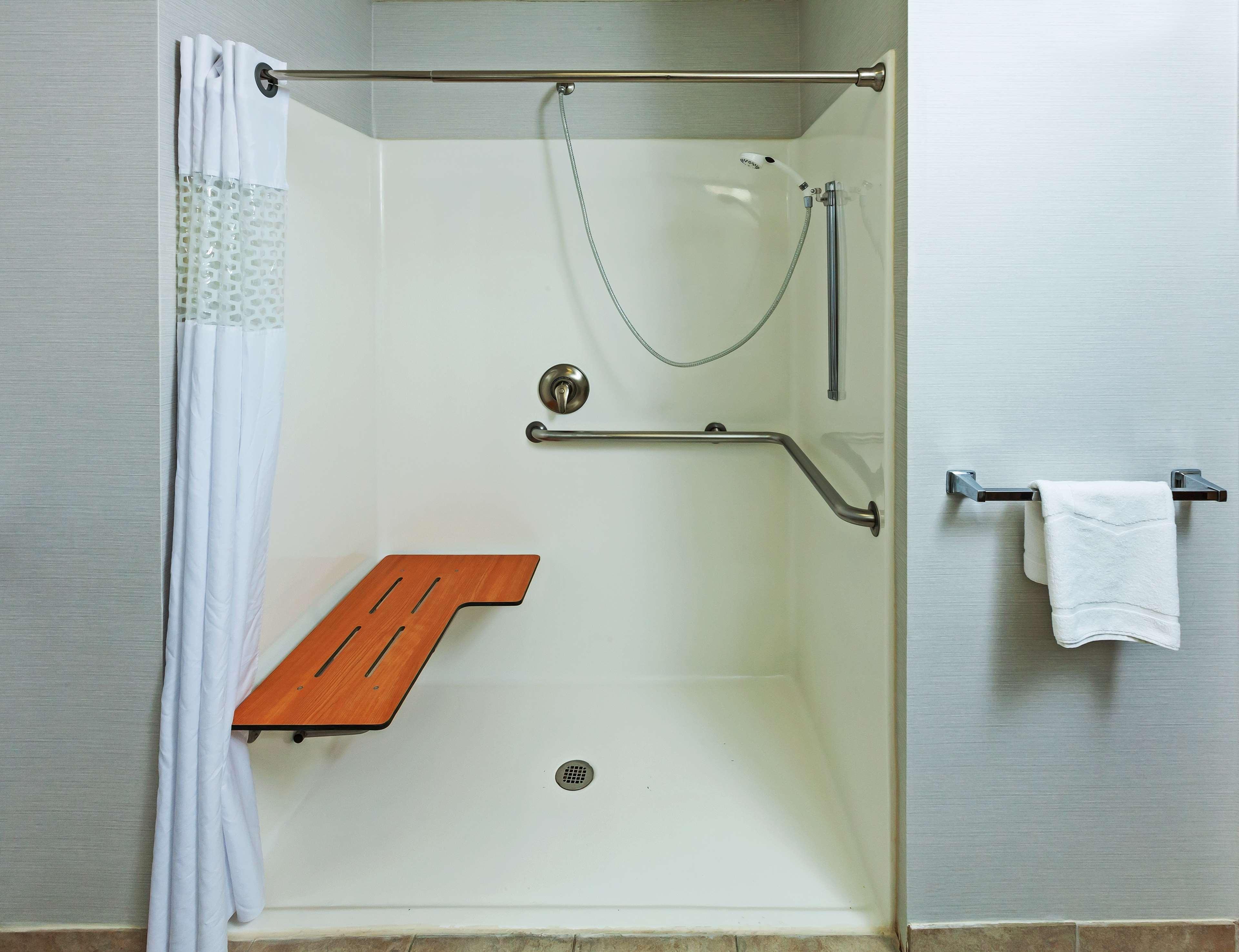 Hampton Inn & Suites Houston-Westchase image 20