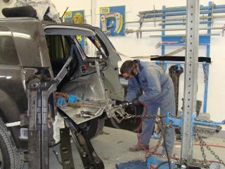 Stone Bros Auto Body Ltd in Nanaimo