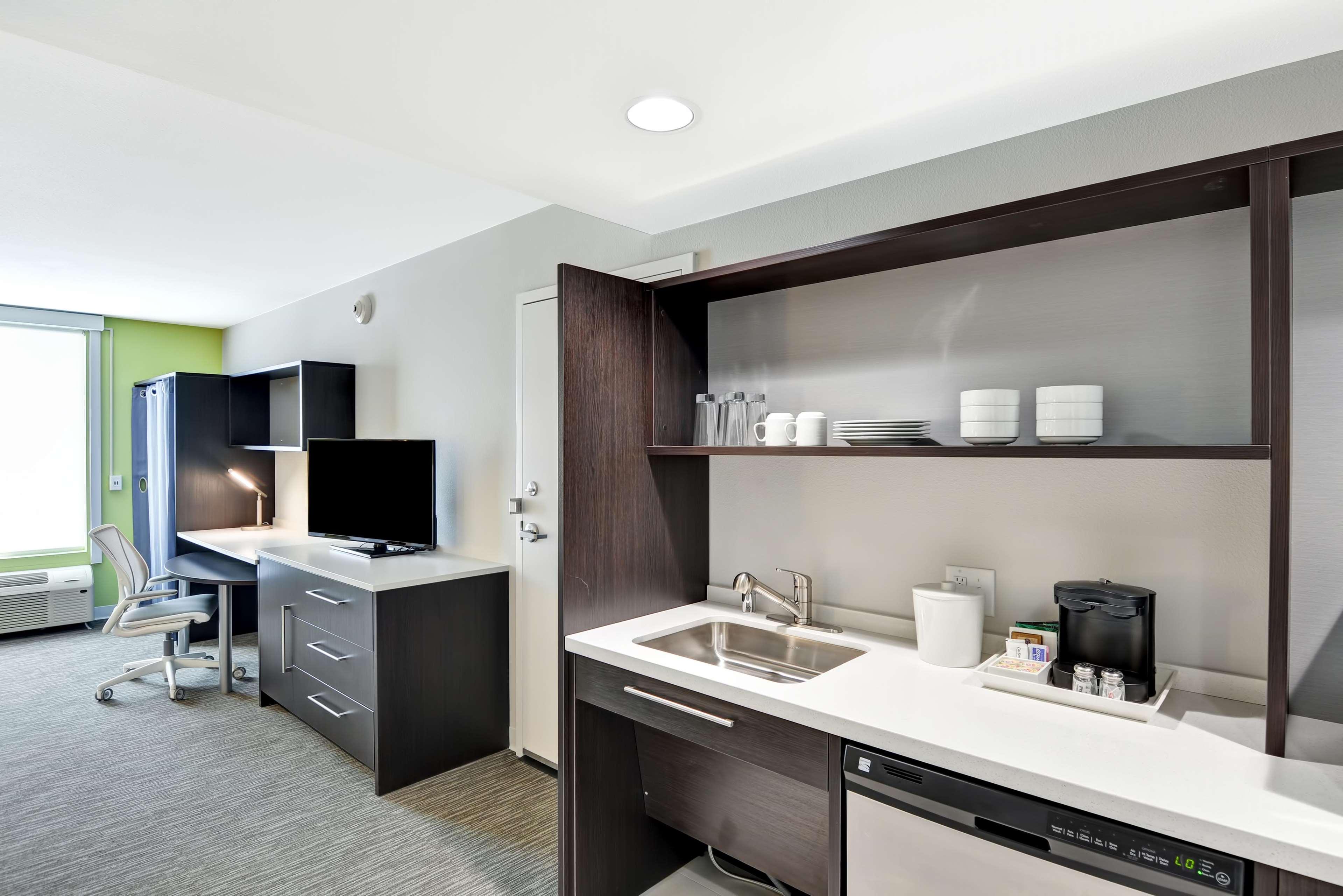 Home2 Suites by Hilton Azusa image 20
