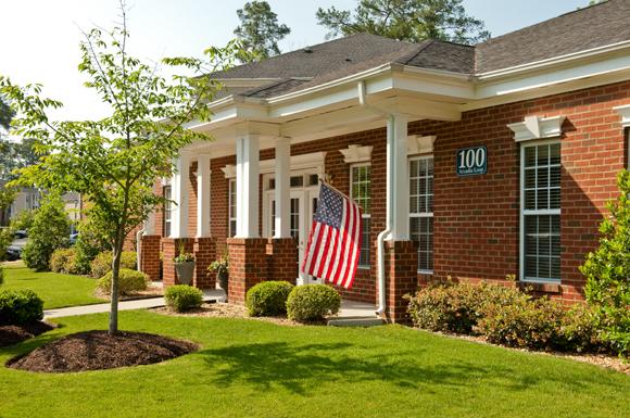 Clairmont Apartments image 6