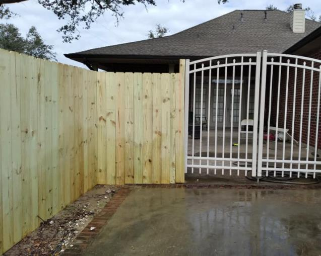 Willie's Fence & Deck Company, LLC