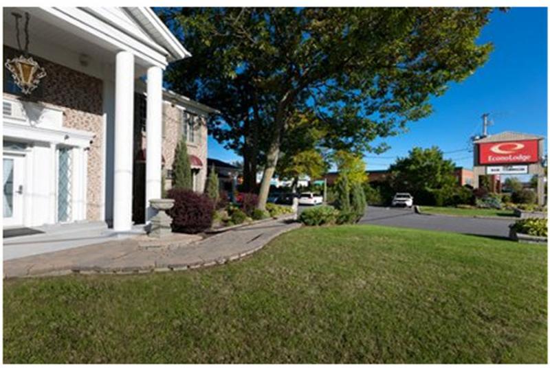 Econo Lodge à Brossard