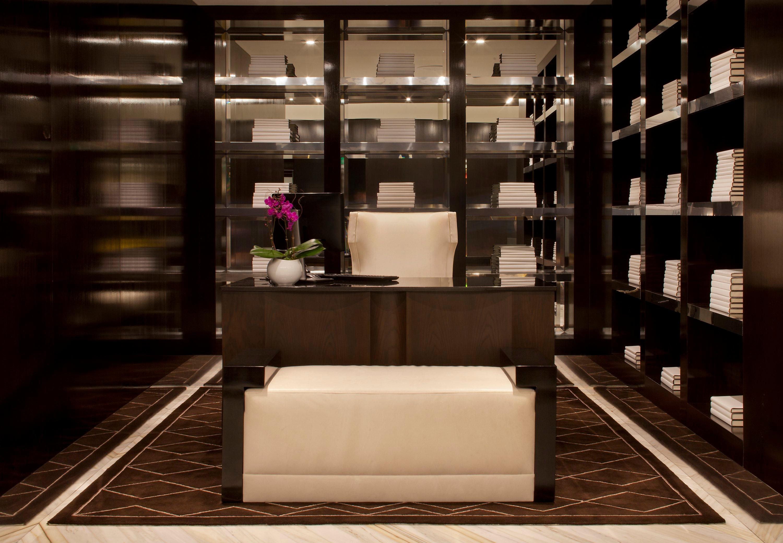 Beverly Hills Marriott image 19