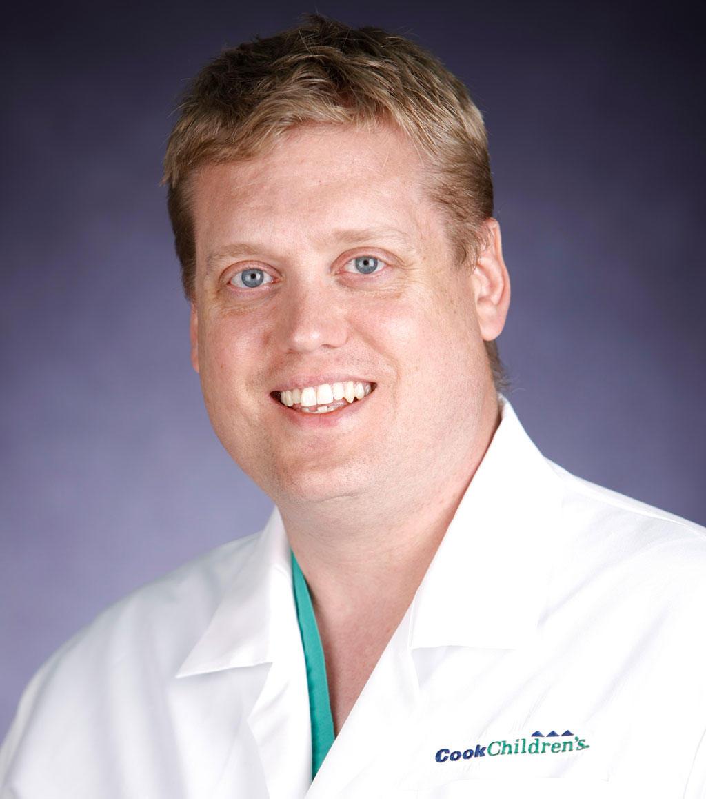 Headshot of Ryan Meyer