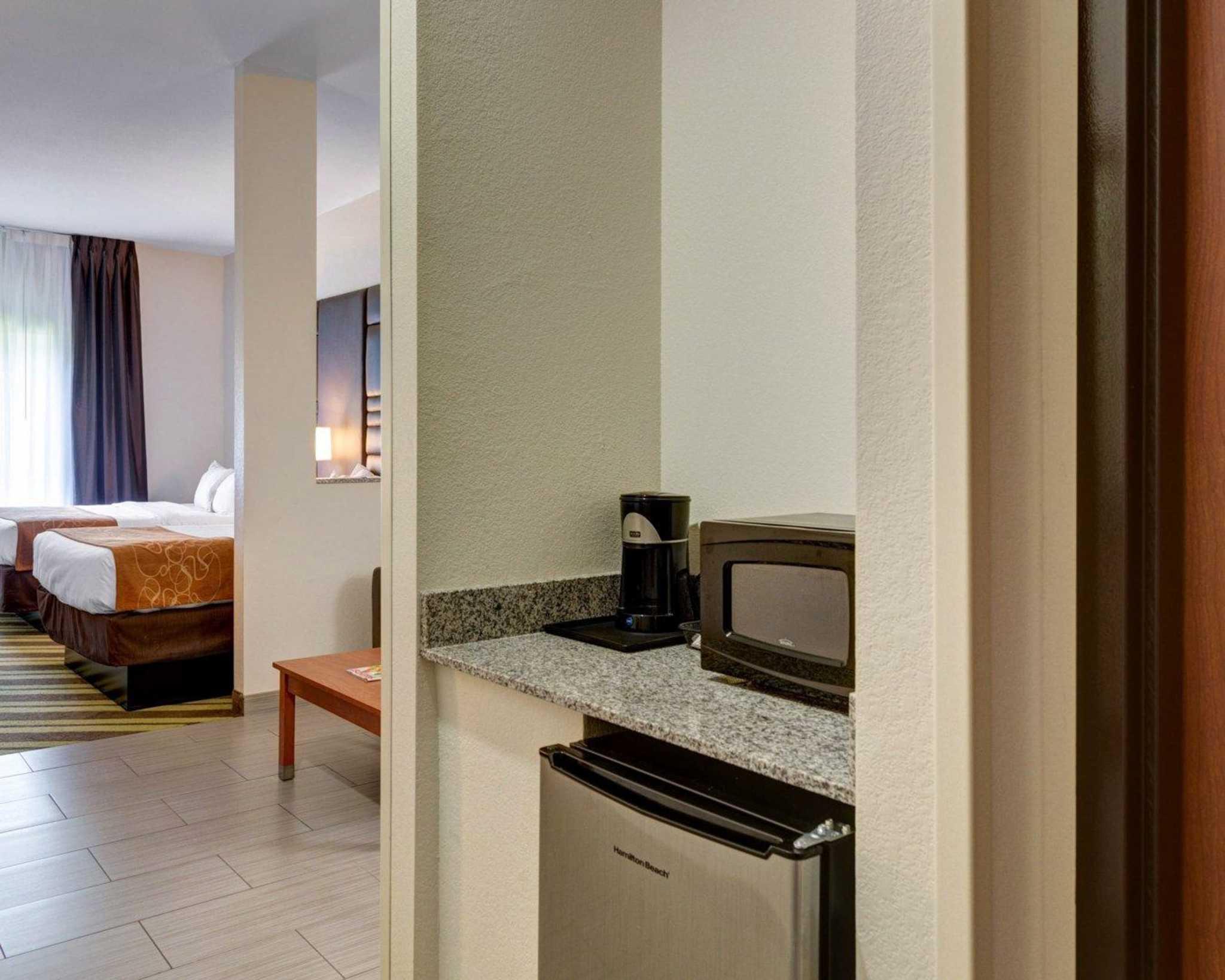 Comfort Suites image 17