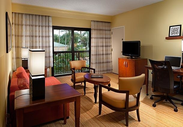 Courtyard by Marriott Miami Lakes image 3