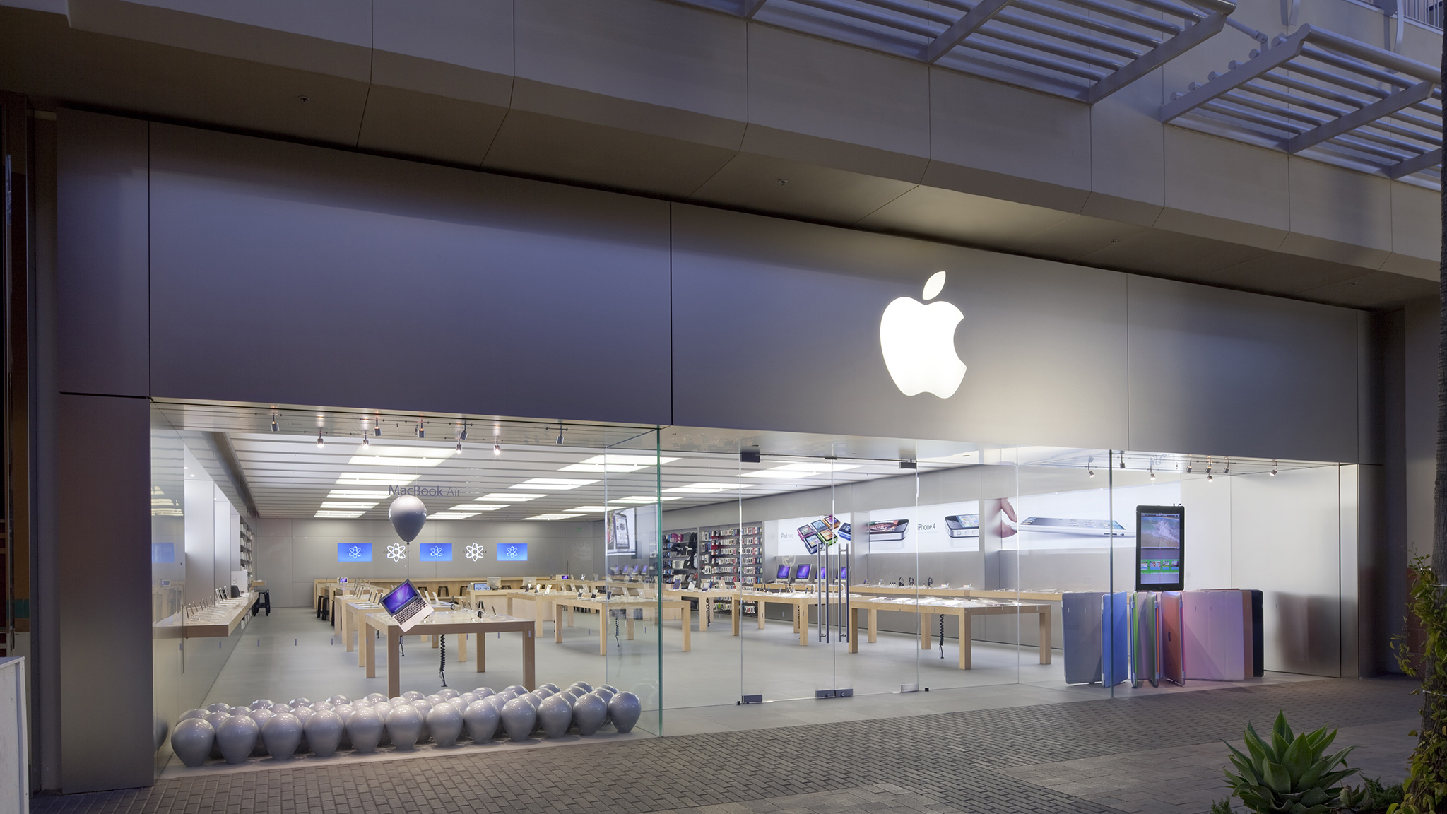 Apple Store Fashion Valley Phone Number