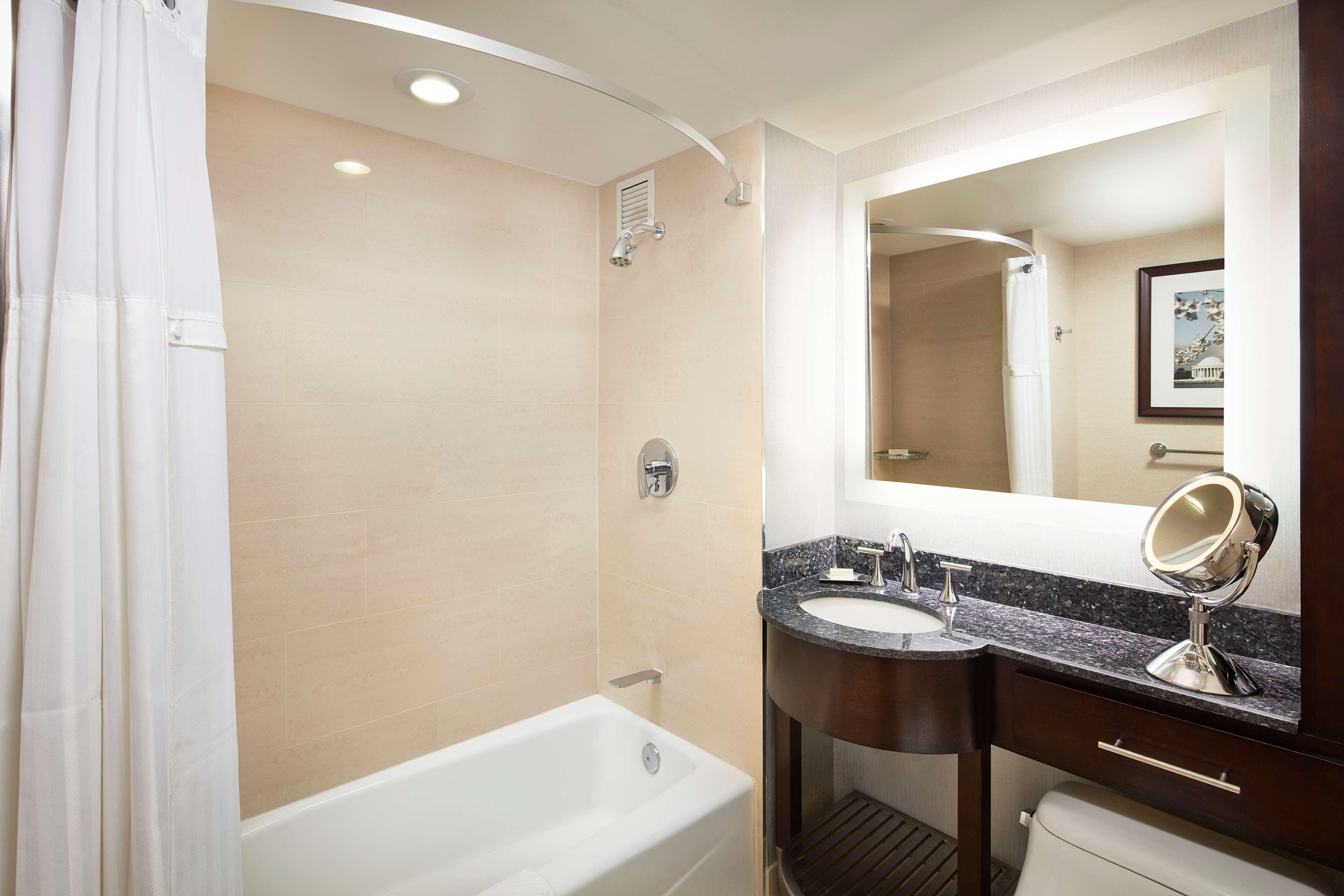 Washington Hilton image 12