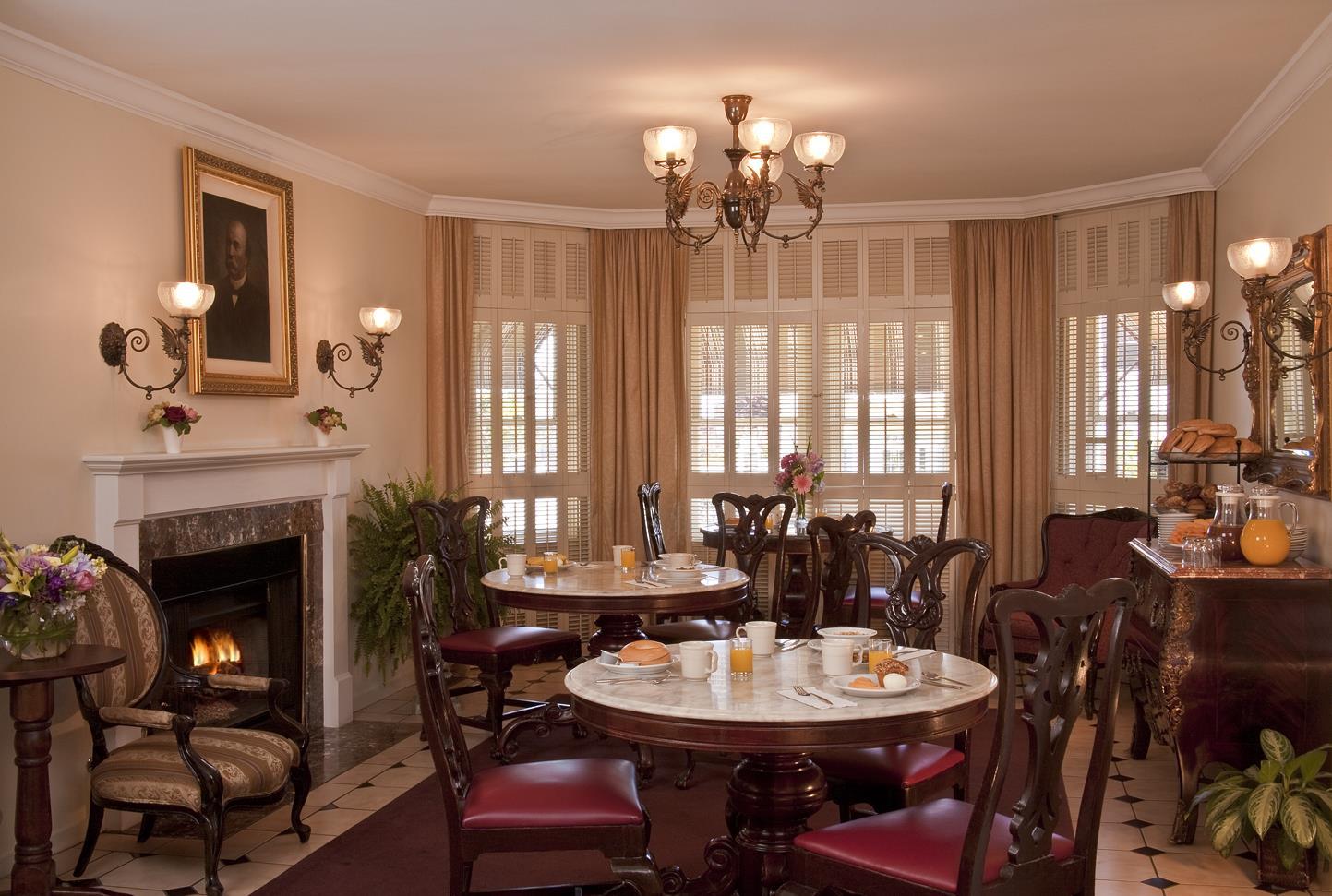 Best Western Plus Victorian Inn image 4