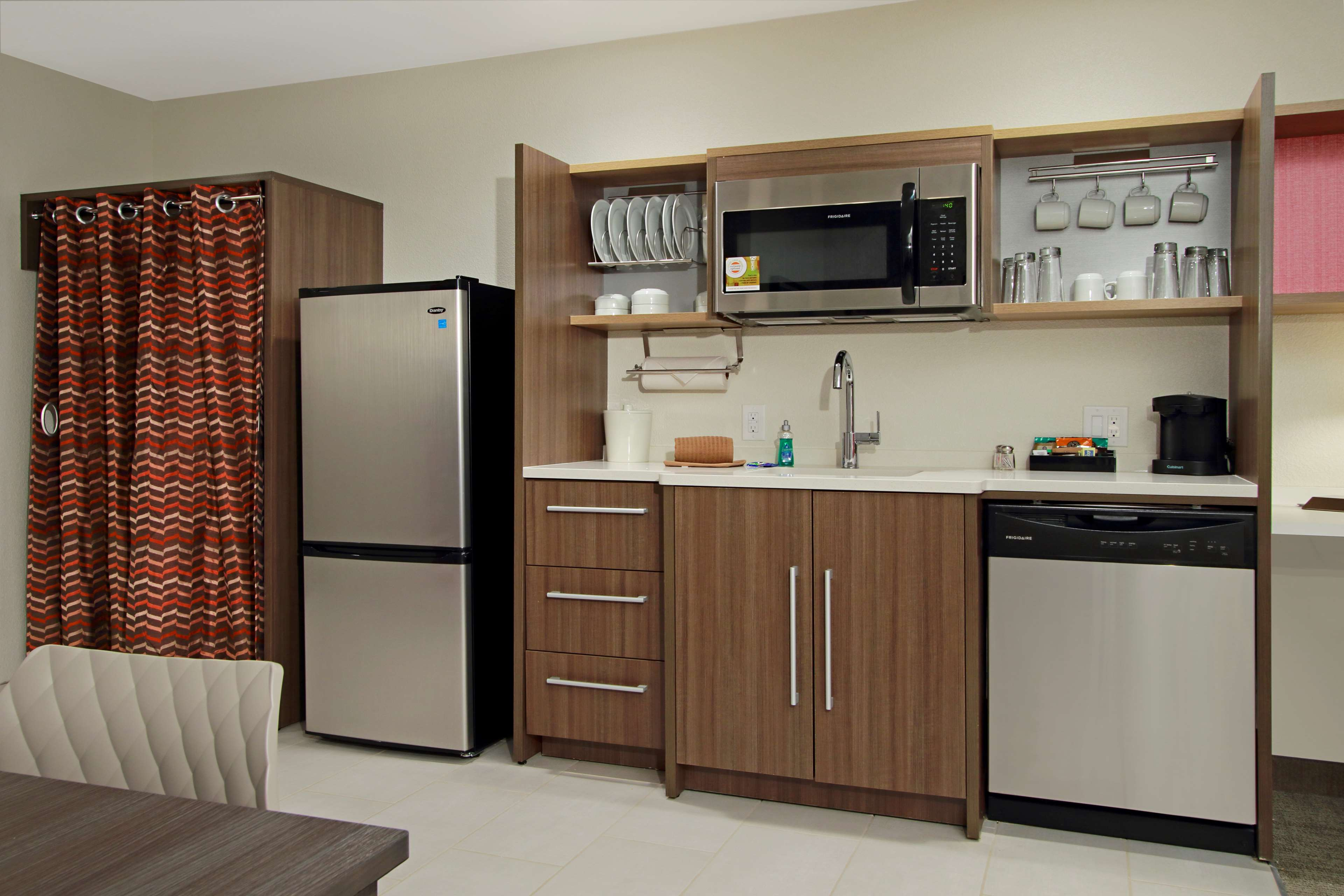 Home2 Suites by Hilton Mobile I-65 Government Boulevard image 16
