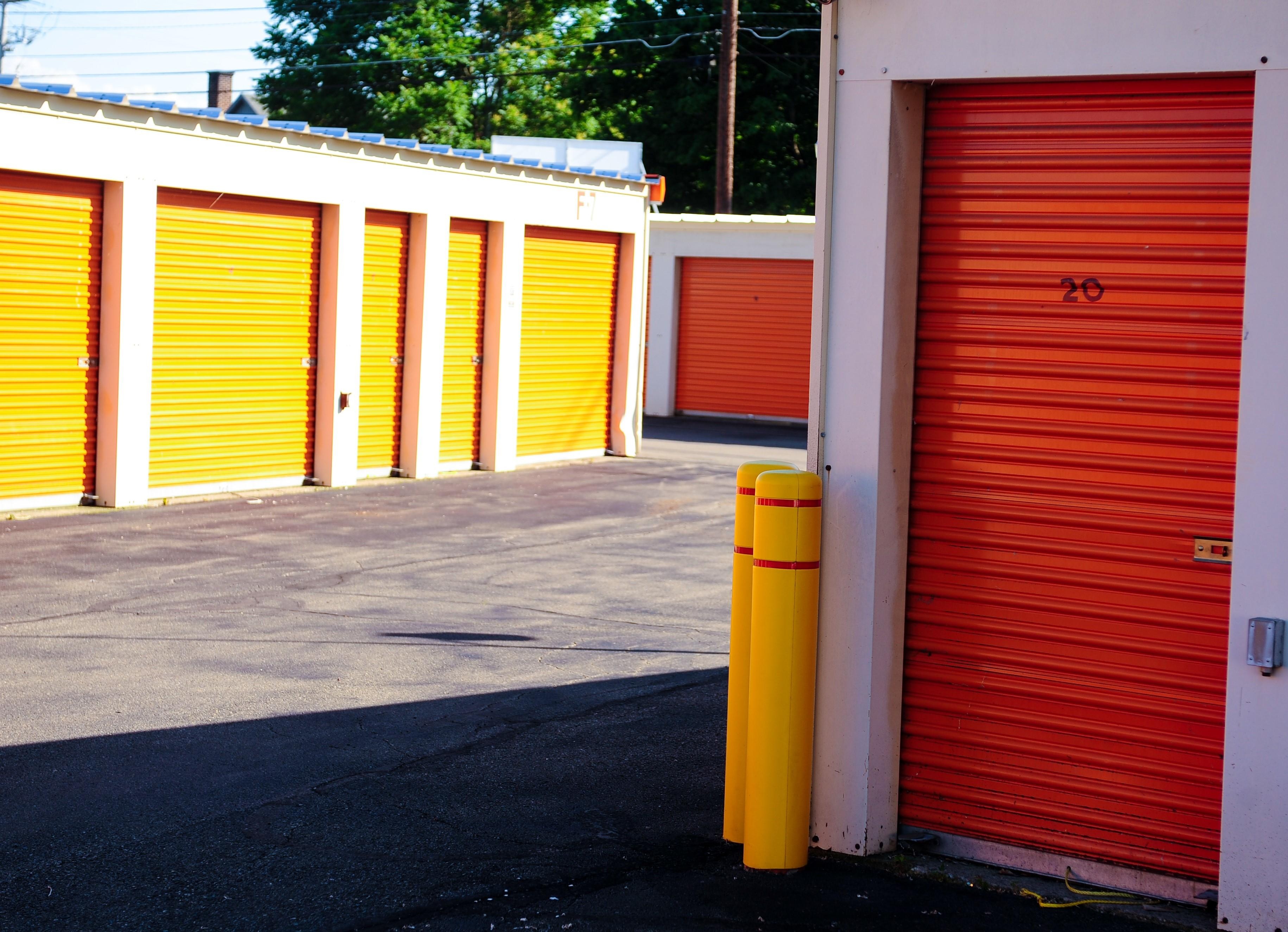 X-tra Storage Inc. image 4