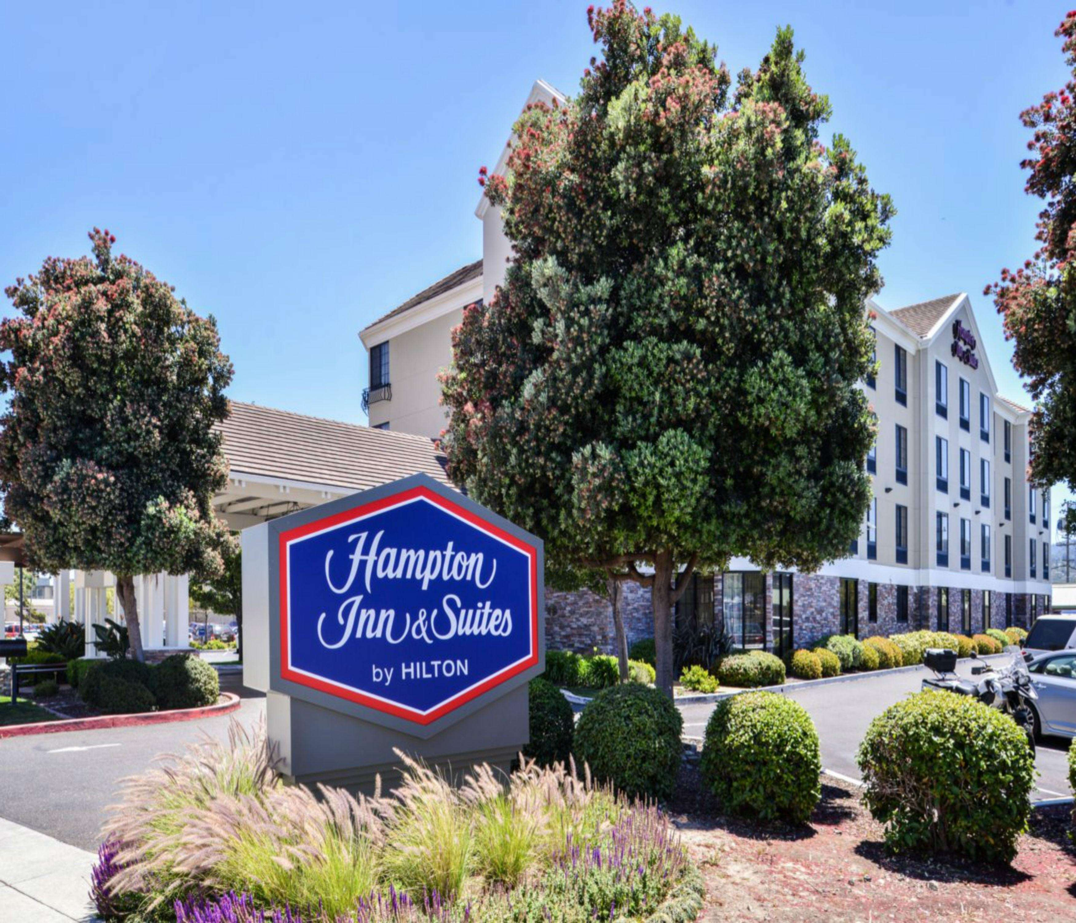 Hampton Inn & Suites San Francisco-Burlingame-Airport South image 27