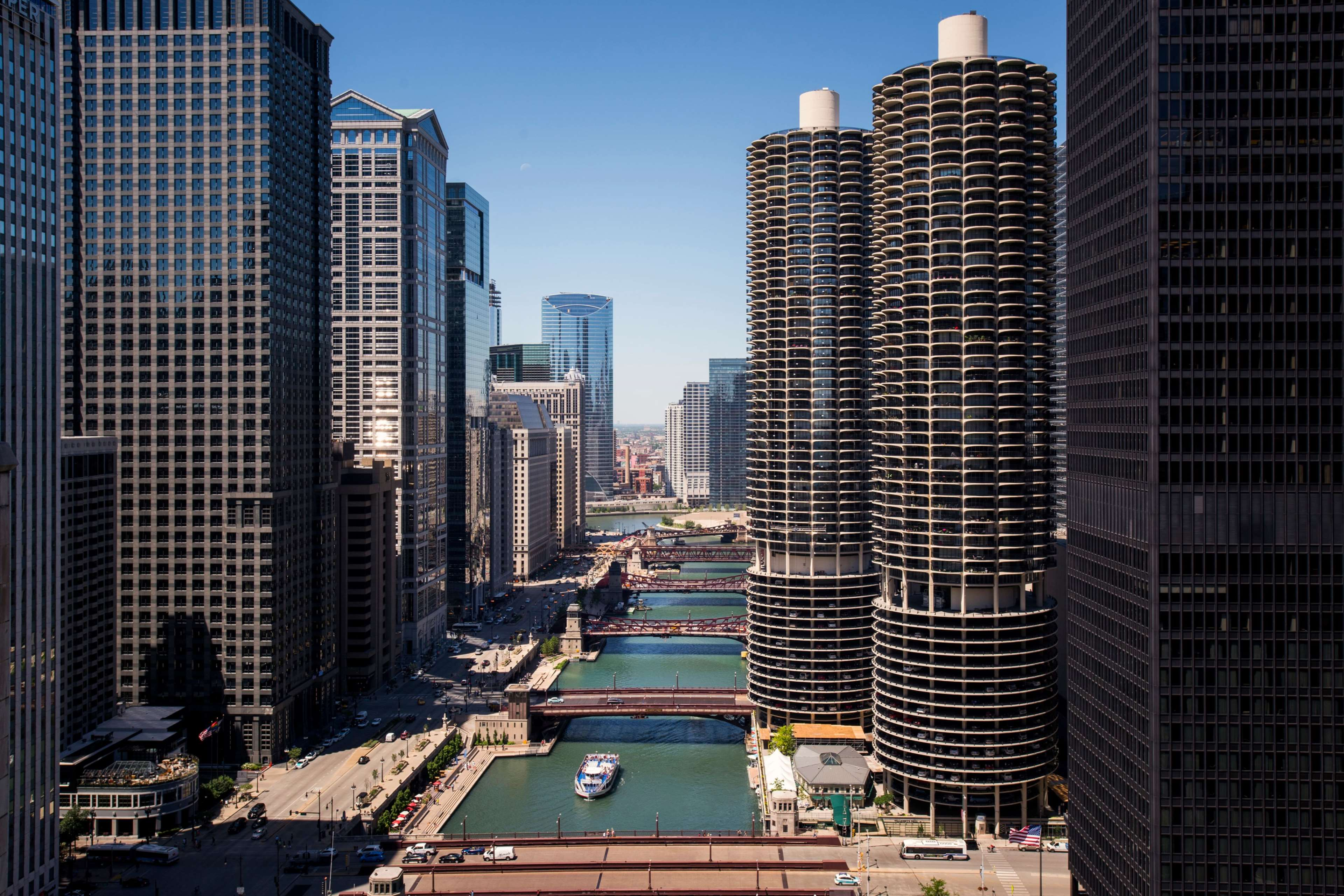 LondonHouse Chicago, Curio Collection by Hilton image 7