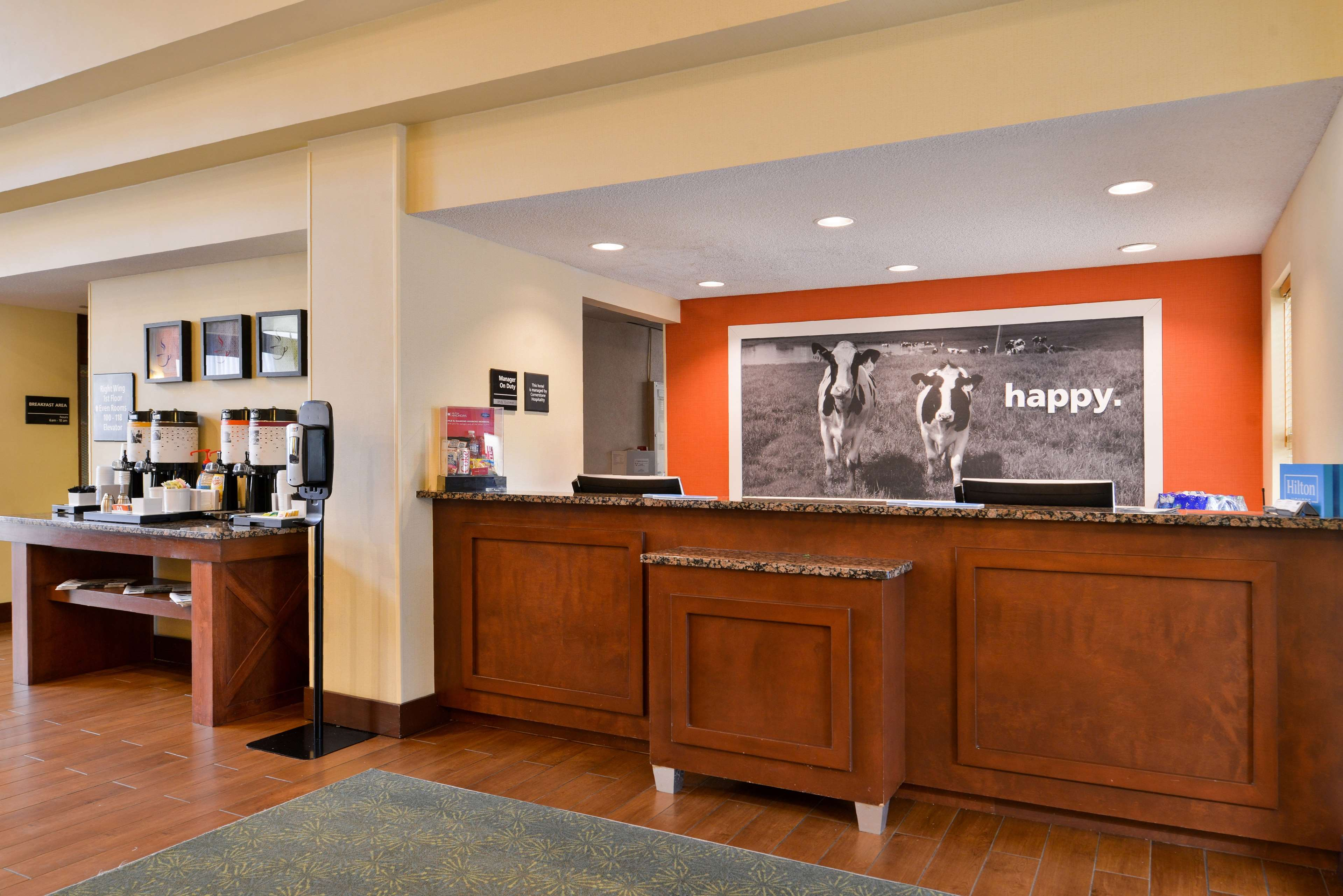 Hampton Inn & Suites Newport News (Oyster Point) image 6