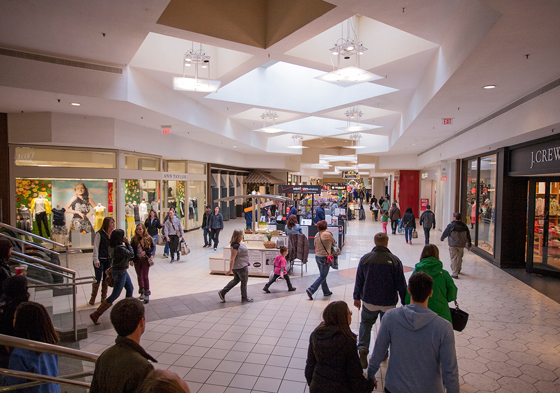 The discount clothing store Stein Mart, HomeGoods, and Sierra Trading Post, which offers outdoor apparel, will open in a shopping center this fall at the site of a former Kmart store at the Maple Village shopping center in Ann Arbor this year.