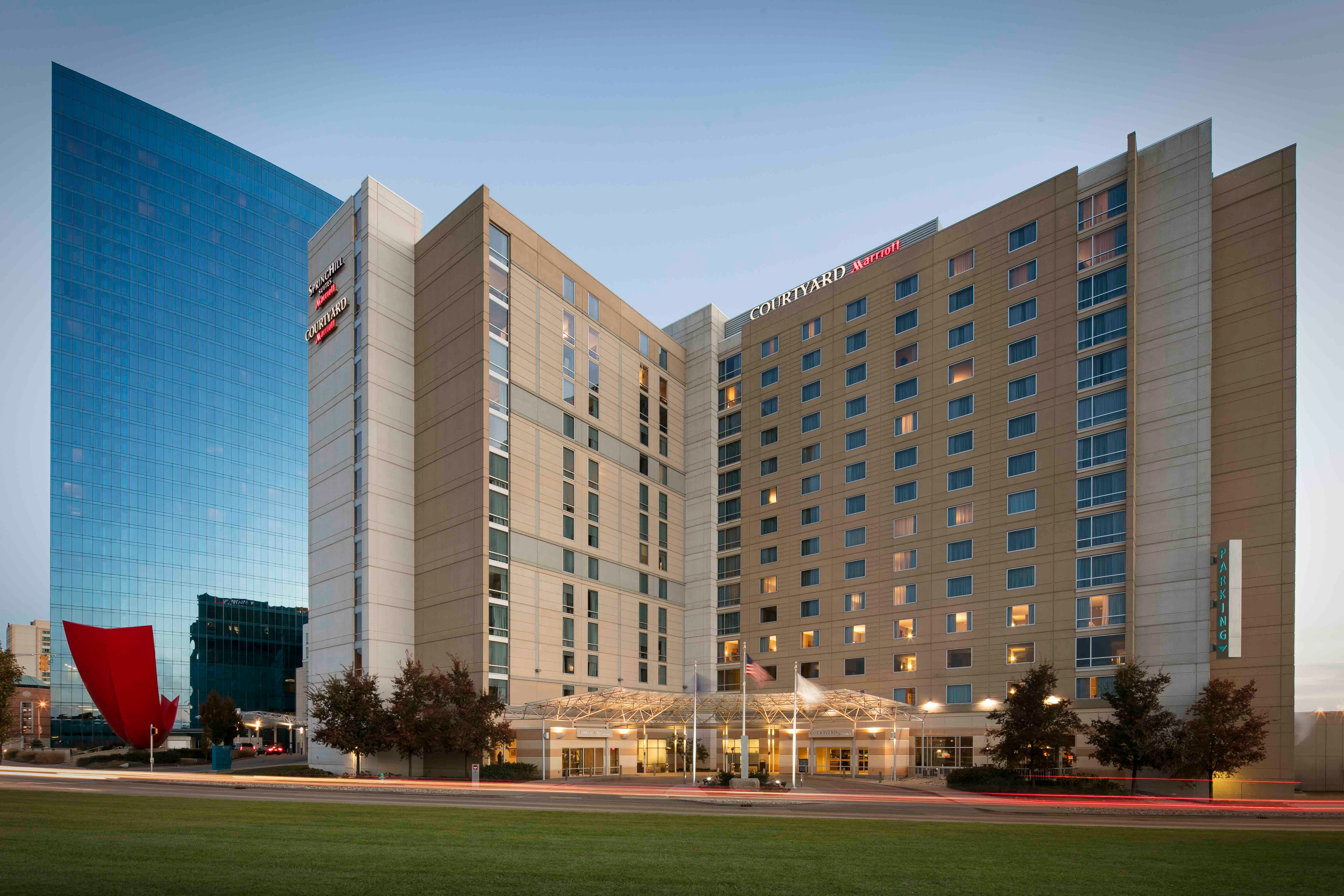 SpringHill Suites by Marriott Indianapolis Downtown image 0