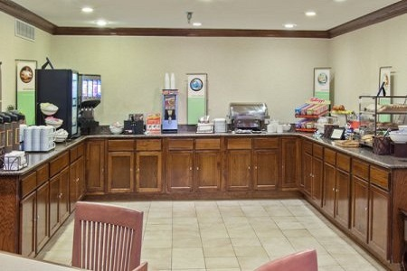 Country Inn & Suites by Radisson, Greenfield, IN image 1