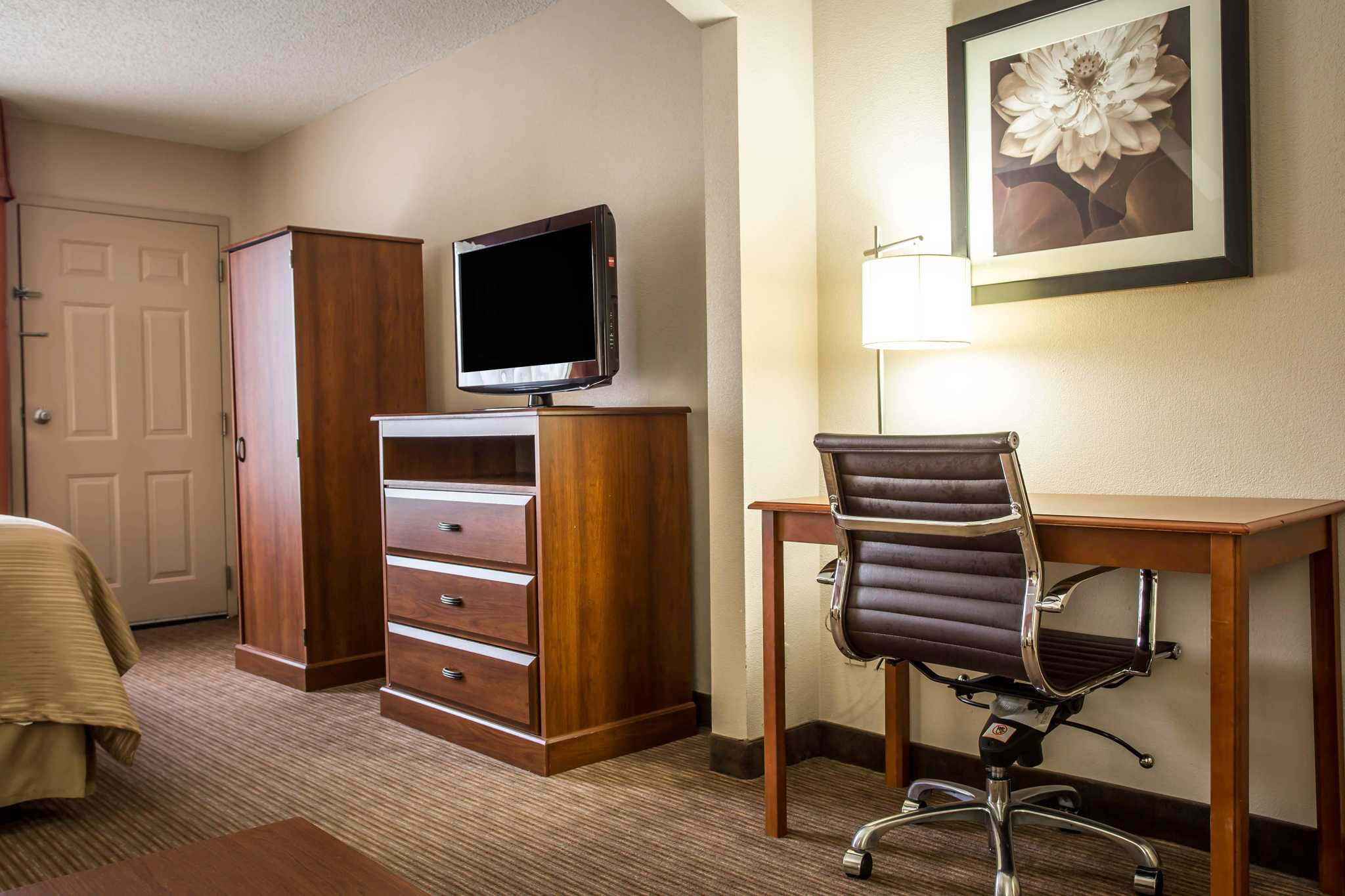 Quality Inn & Suites Matthews - Charlotte image 26