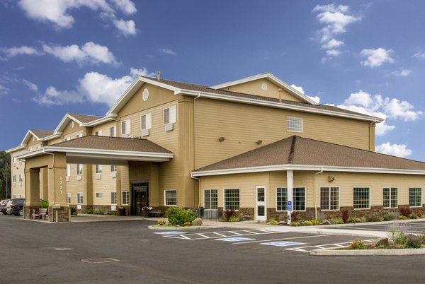 Country Inn & Suites by Radisson, Prineville, OR image 0