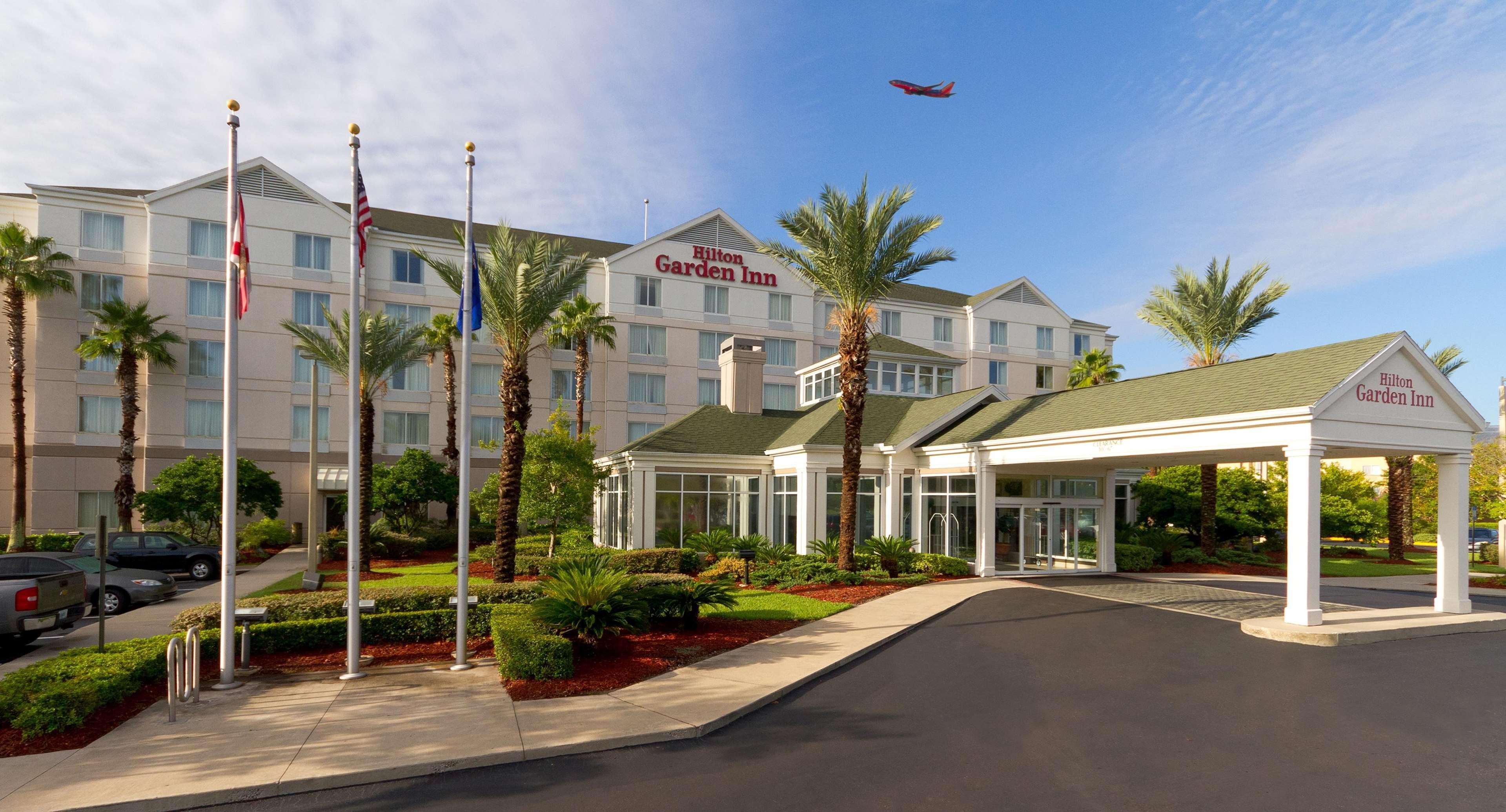 Hilton Garden Inn Jacksonville Airport image 1