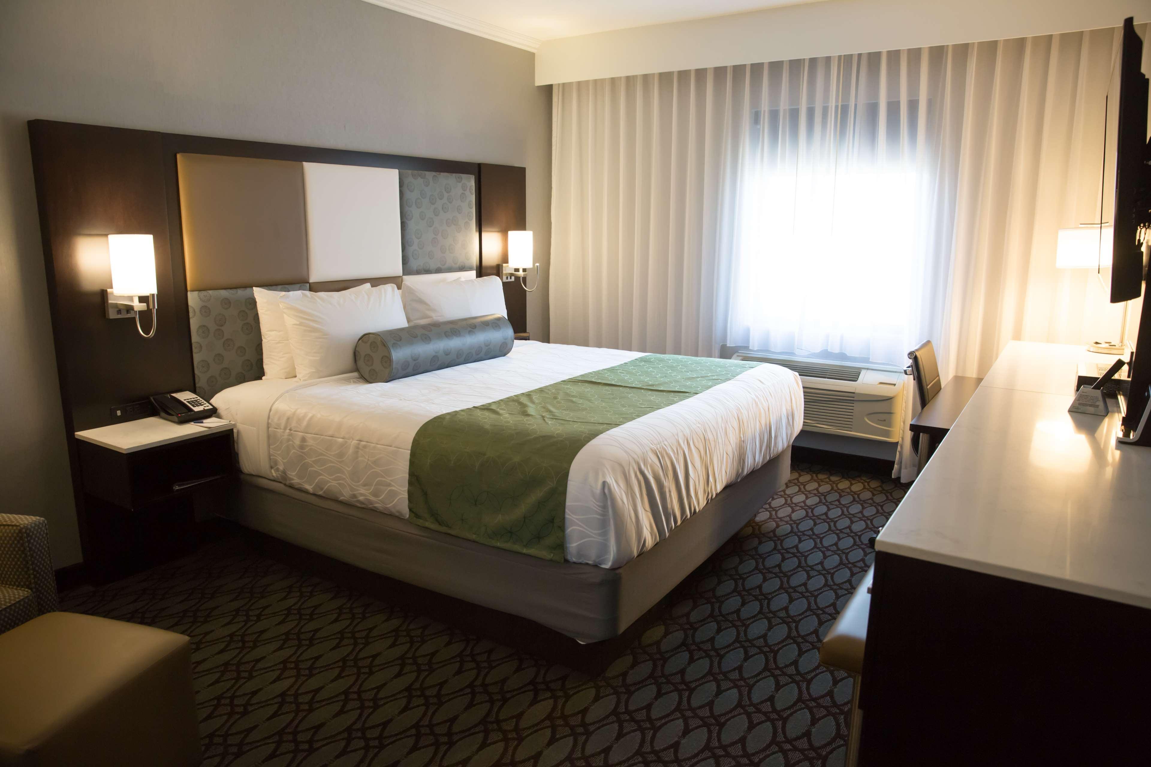 Best Western Premier NYC Gateway Hotel image 23