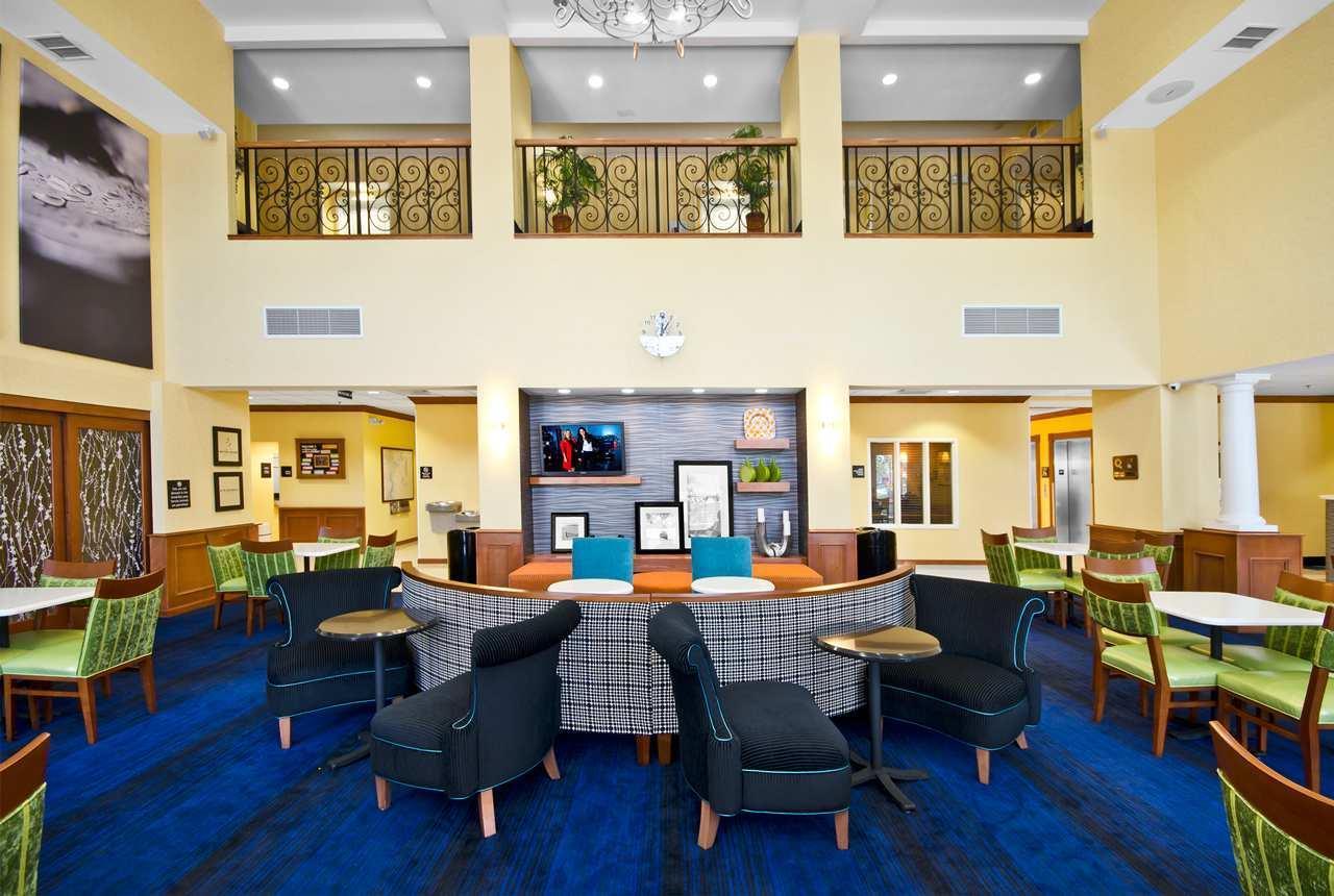 Hampton Inn & Suites Jacksonville South-St. Johns Town Center Area image 3