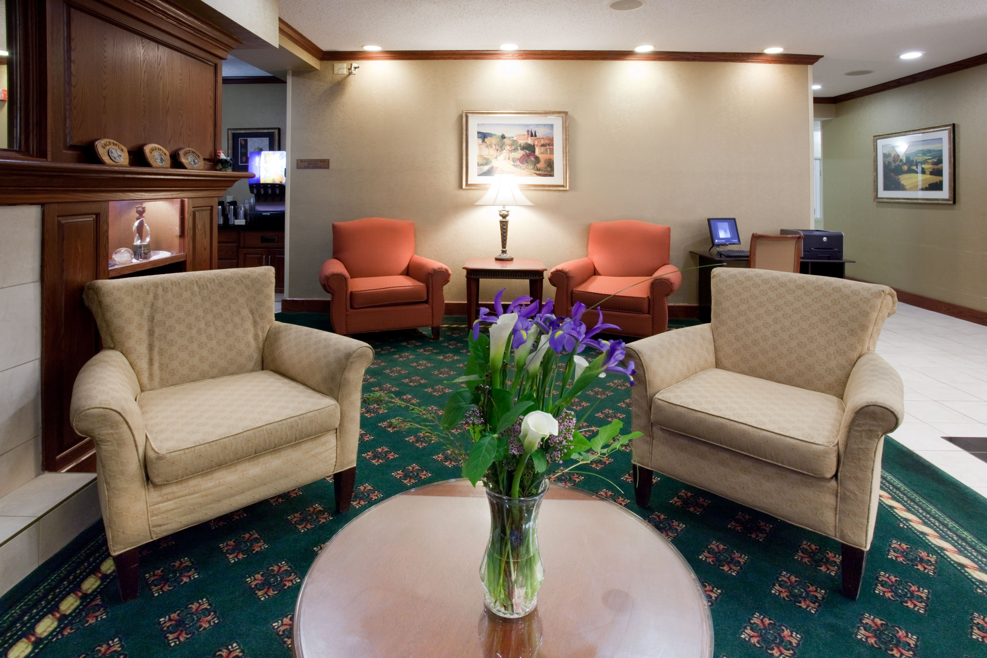 Holiday Inn Express Greeley image 4