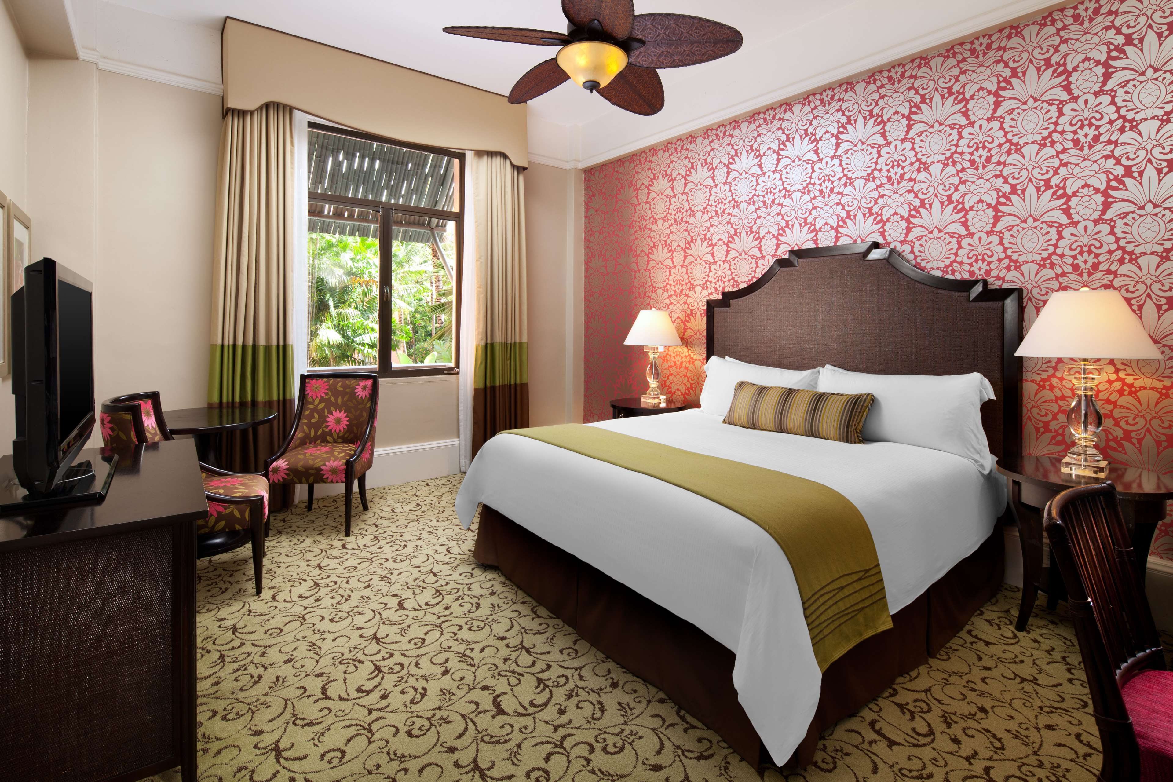 The Royal Hawaiian, a Luxury Collection Resort, Waikiki image 6