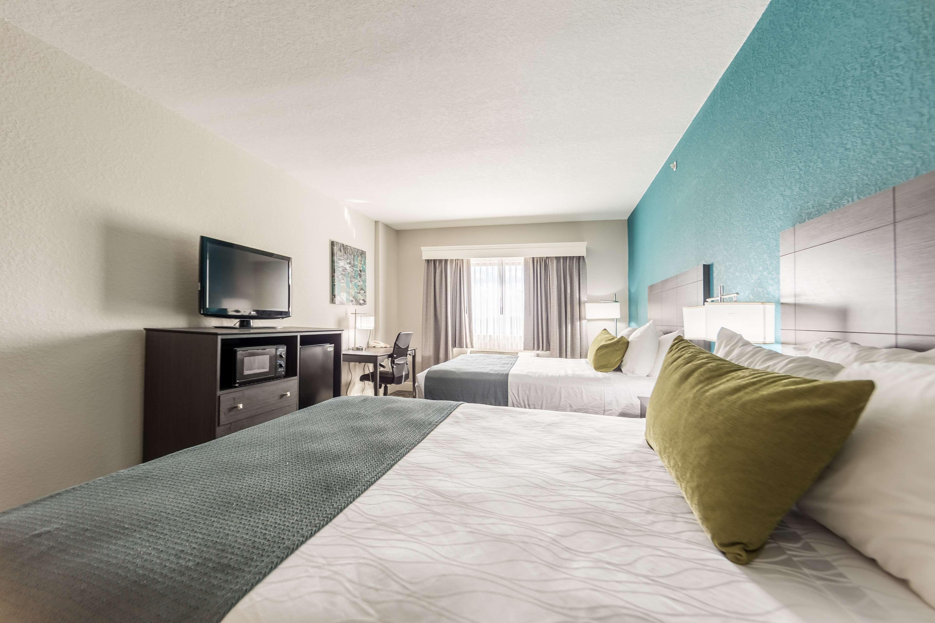 Best Western Plus Sebastian Hotel & Suites image 25