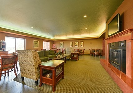 Comfort Inn Amp Suites In Mitchell Sd Whitepages