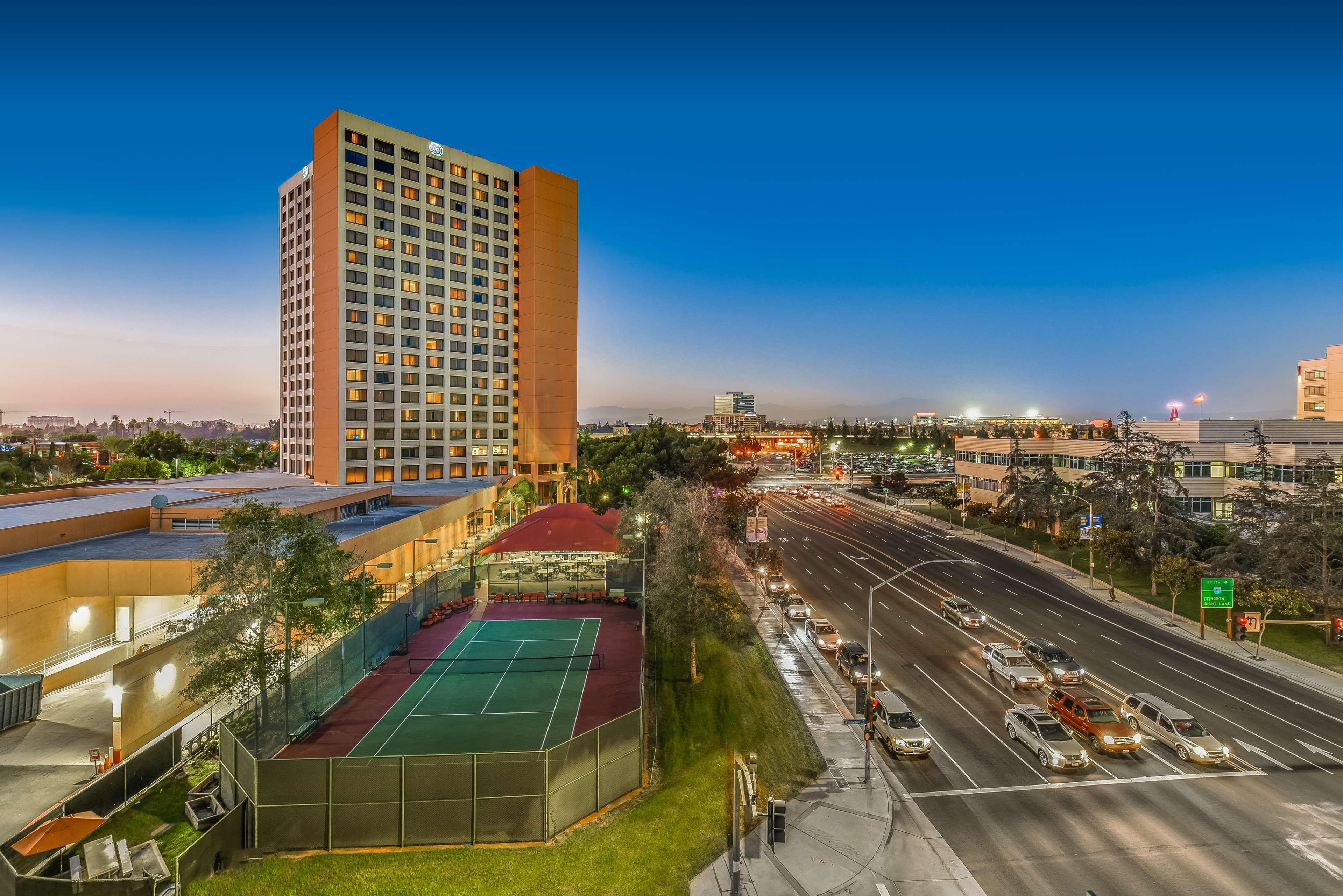 DoubleTree by Hilton Hotel Anaheim - Orange County image 10
