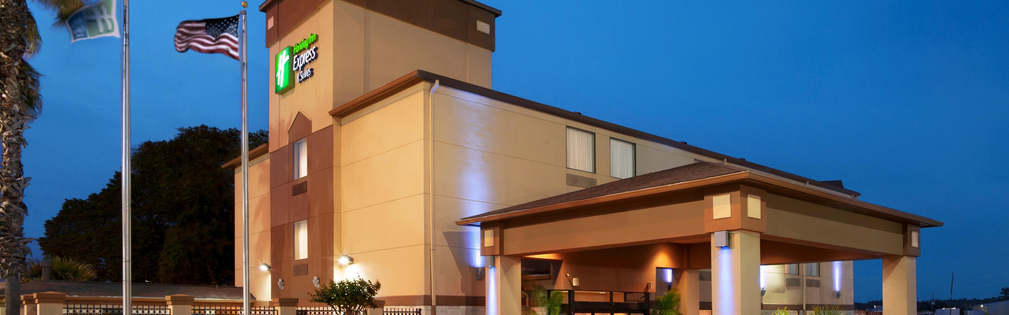 Holiday Inn Express & Suites Houston North-Spring Area image 0