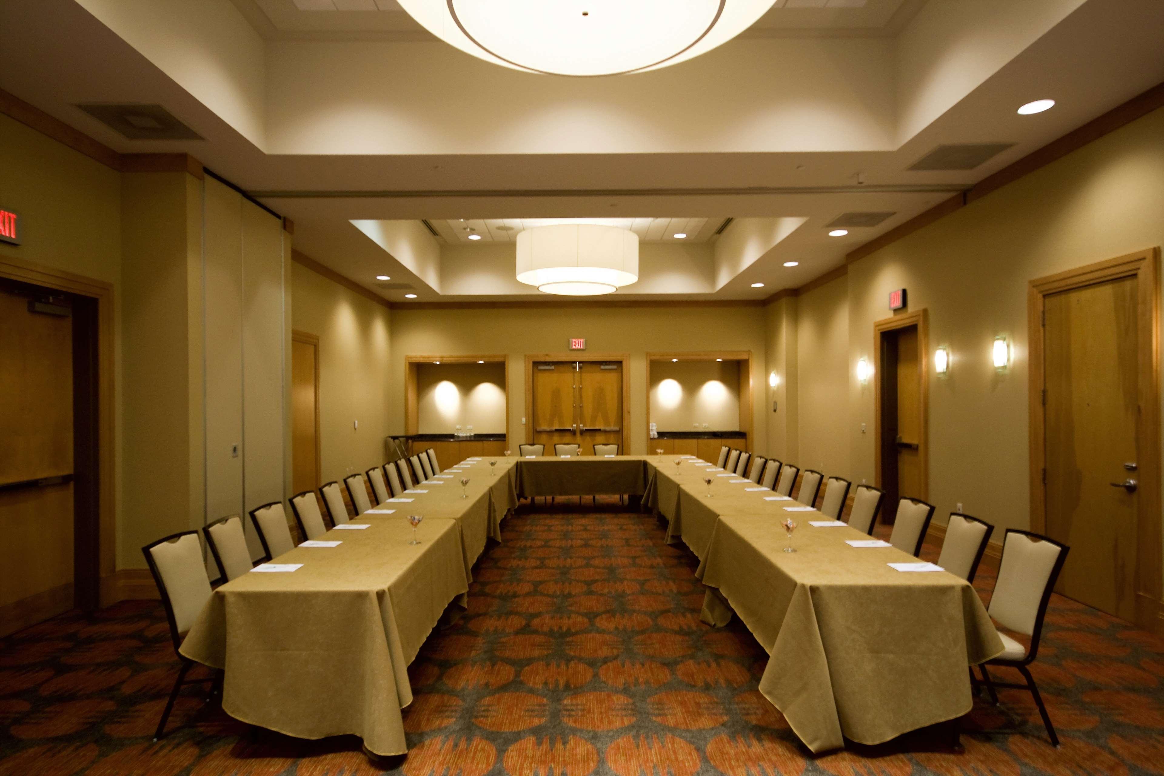 Embassy Suites by Hilton Houston Energy Corridor image 36