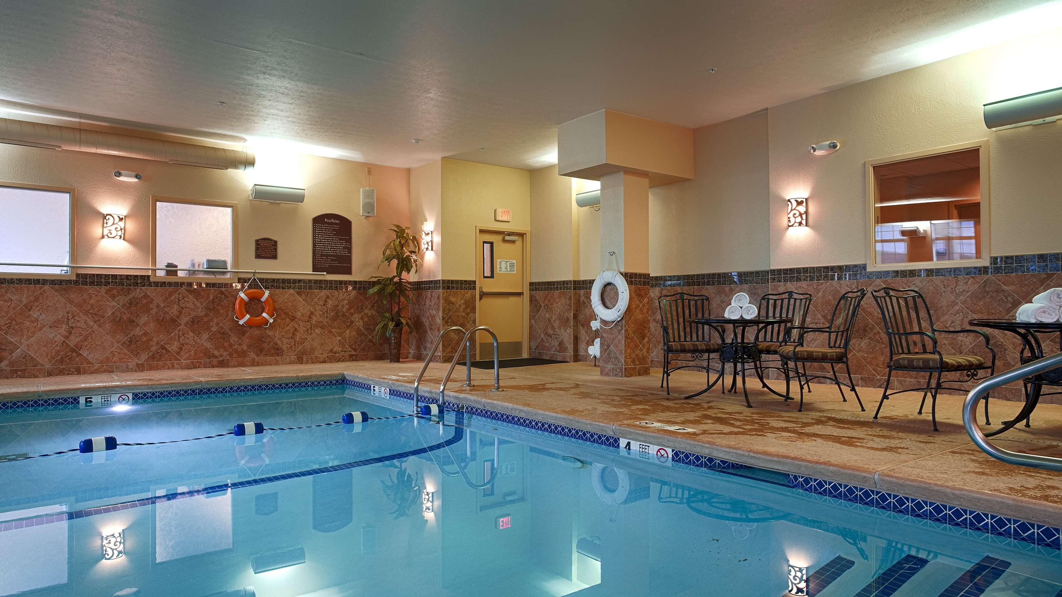 Best Western Plus Vineyard Inn & Suites image 4